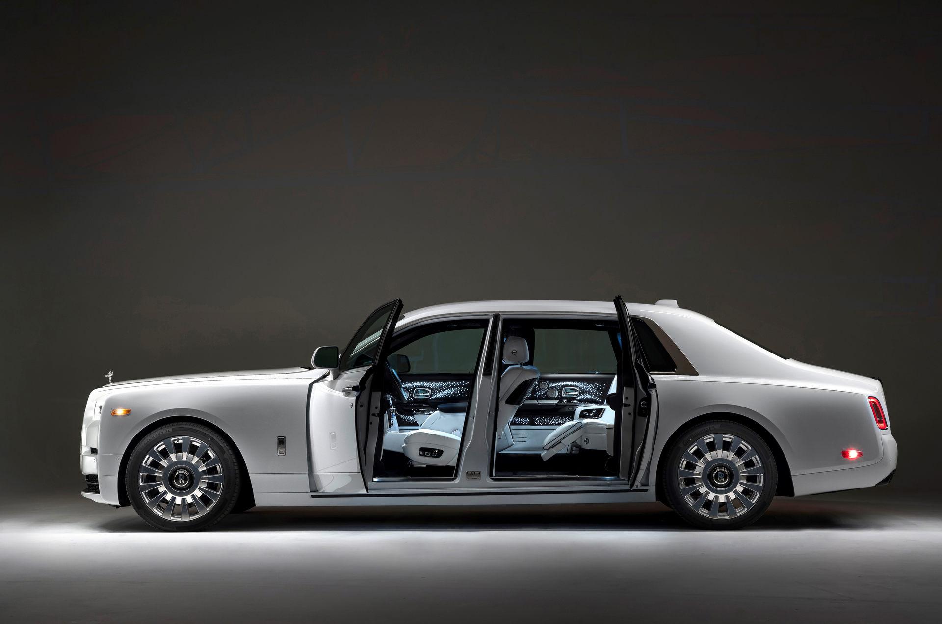 Bespoke-Rolls-Royce-Phantom-and-Dawn-17