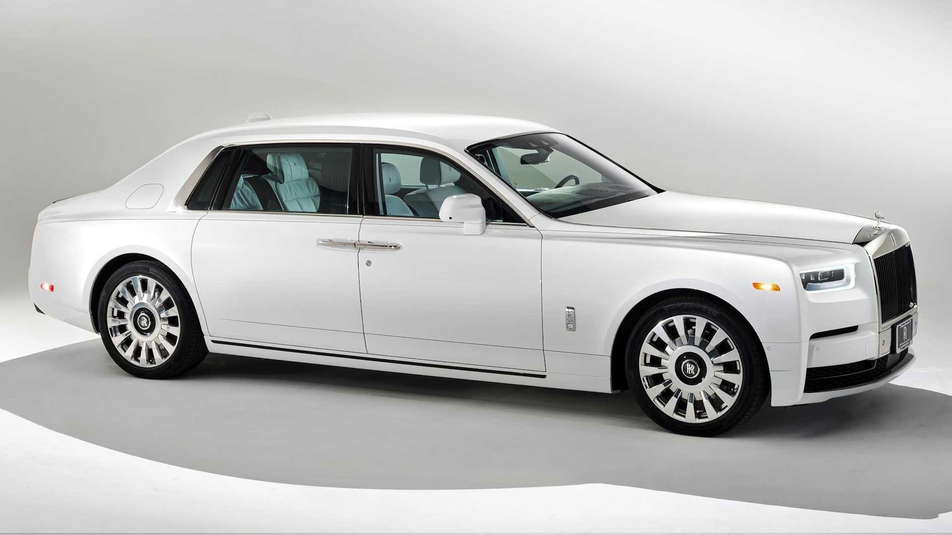 Bespoke-Rolls-Royce-Phantom-and-Dawn-18