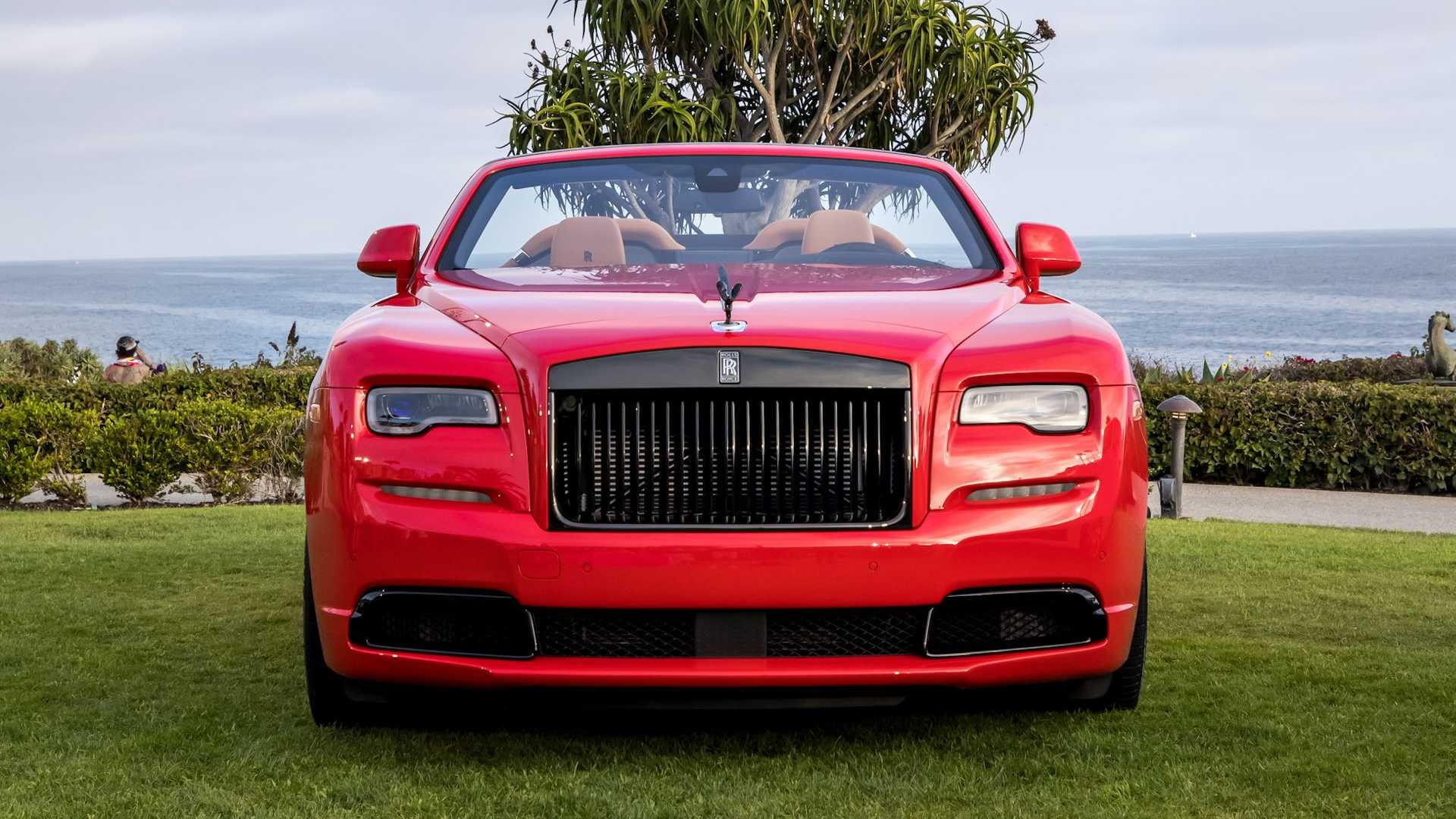 Bespoke-Rolls-Royce-Phantom-and-Dawn-3