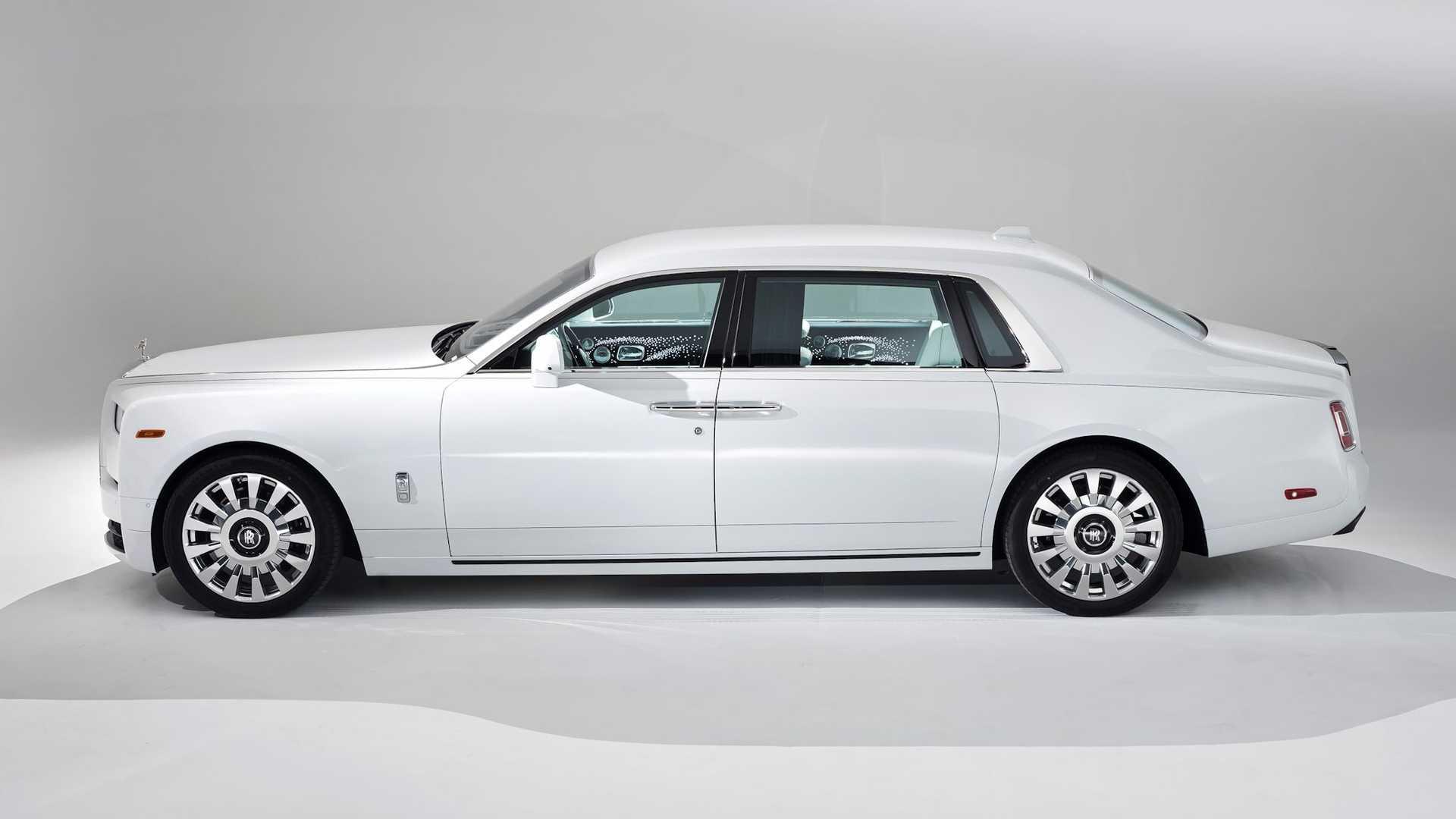 Bespoke-Rolls-Royce-Phantom-and-Dawn-8