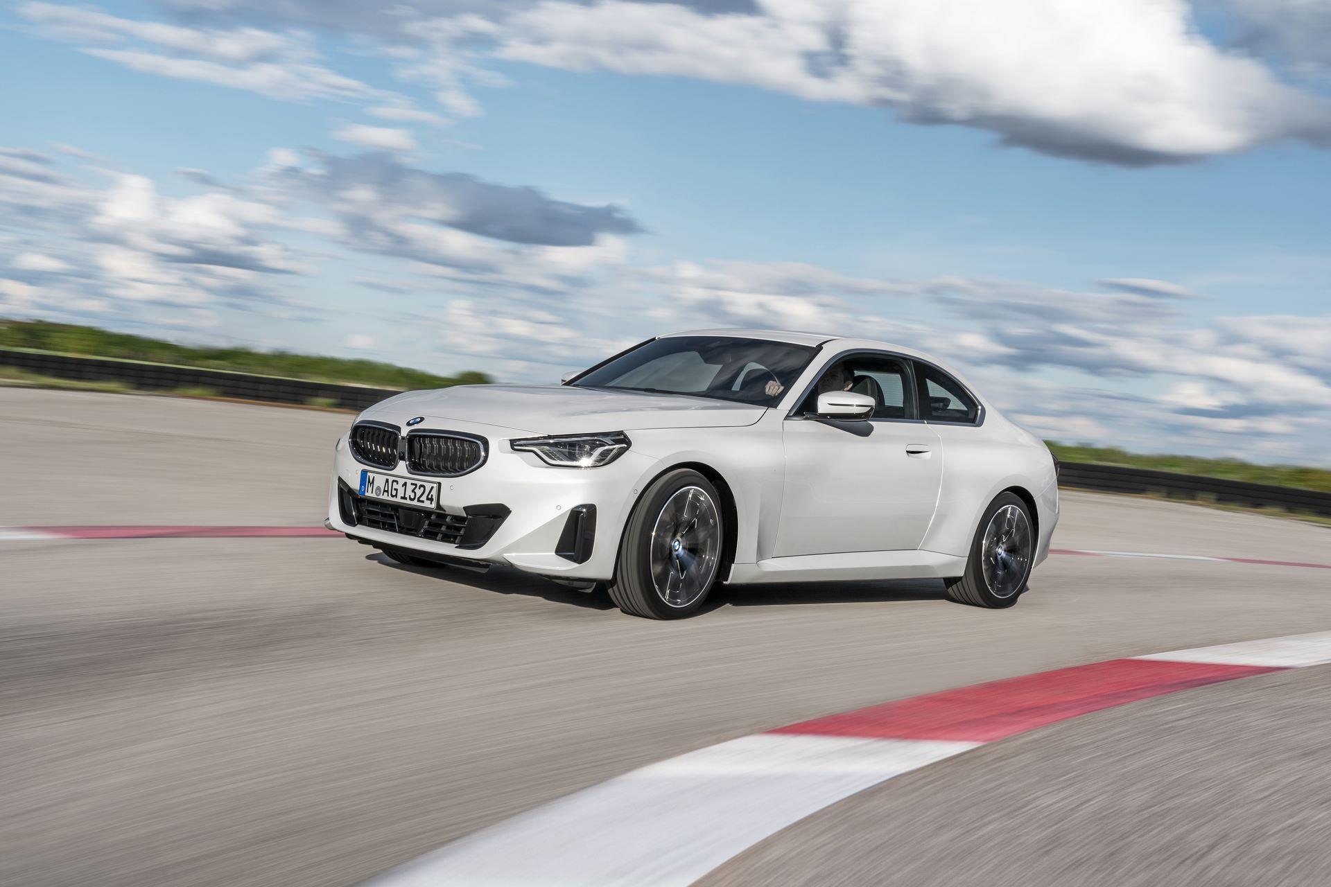 BMW-2-Series-2022-43