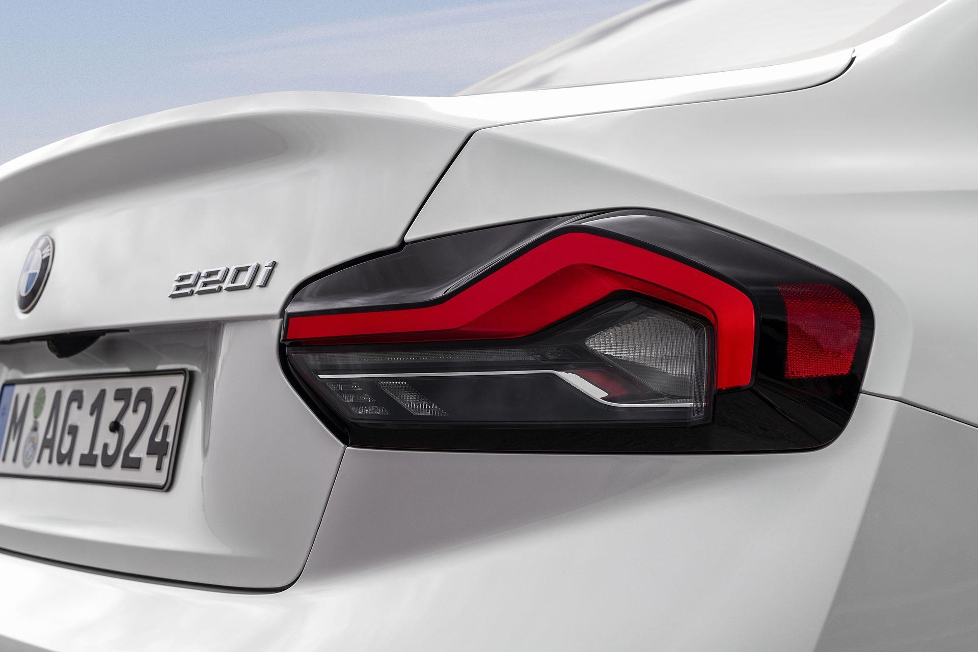 BMW-2-Series-2022-64