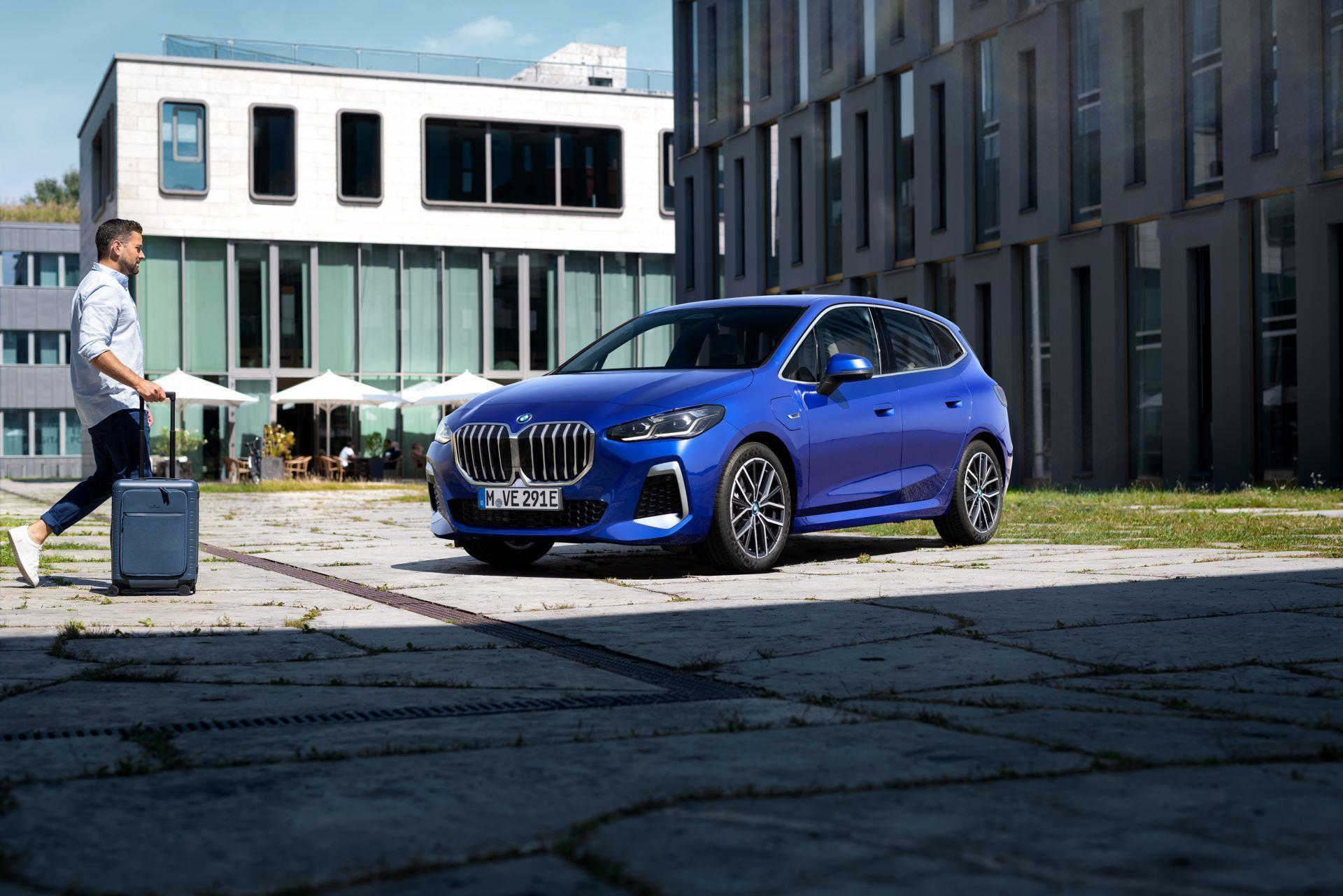 BMW-2-Series-Active-Tourer-2022-101