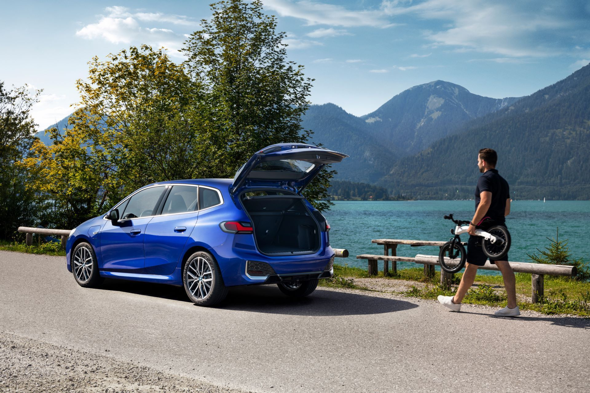 BMW-2-Series-Active-Tourer-2022-105
