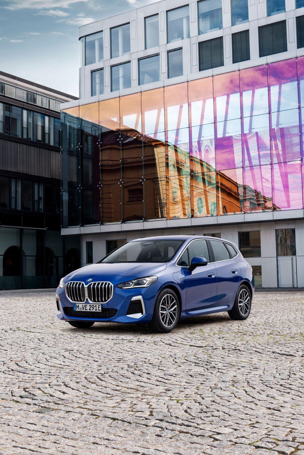 BMW-2-Series-Active-Tourer-2022-106