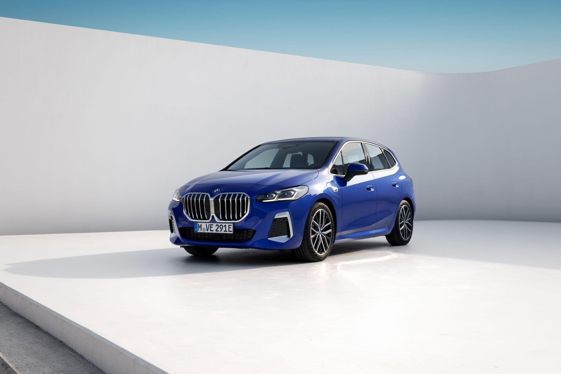 BMW-2-Series-Active-Tourer-2022-108