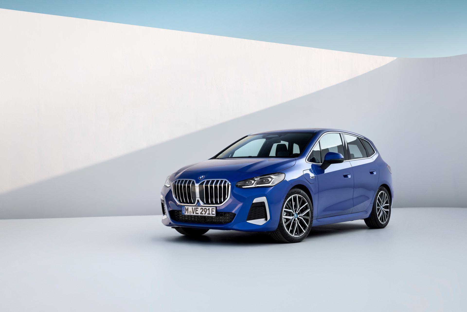 BMW-2-Series-Active-Tourer-2022-112