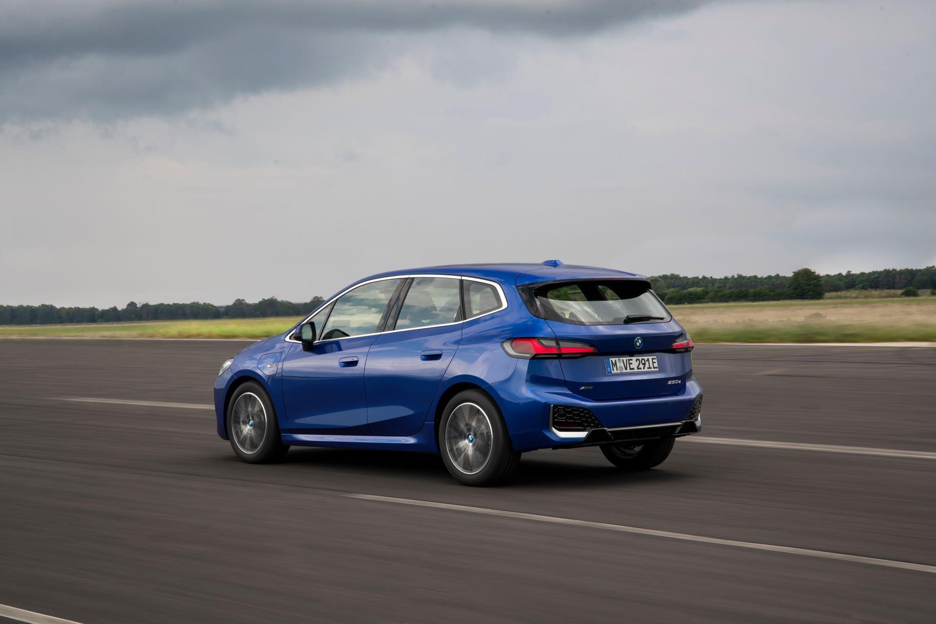 BMW-2-Series-Active-Tourer-2022-124