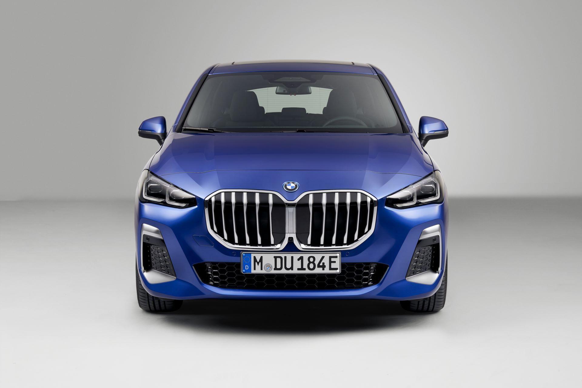 BMW-2-Series-Active-Tourer-2022-126