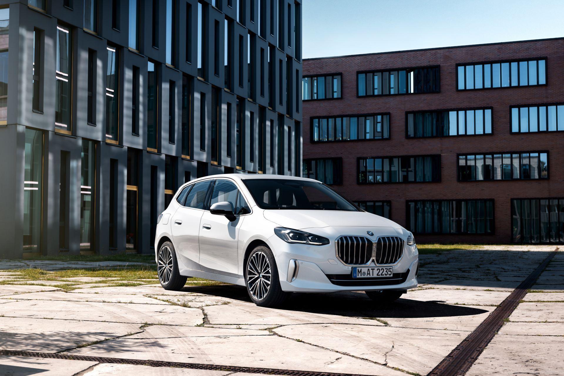 BMW-2-Series-Active-Tourer-2022-16