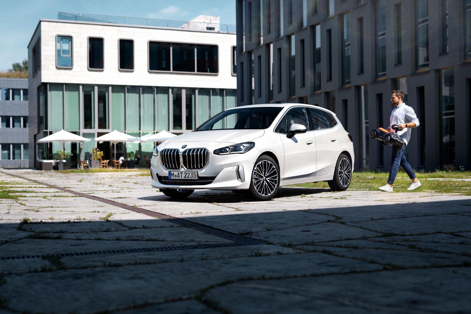 BMW-2-Series-Active-Tourer-2022-17