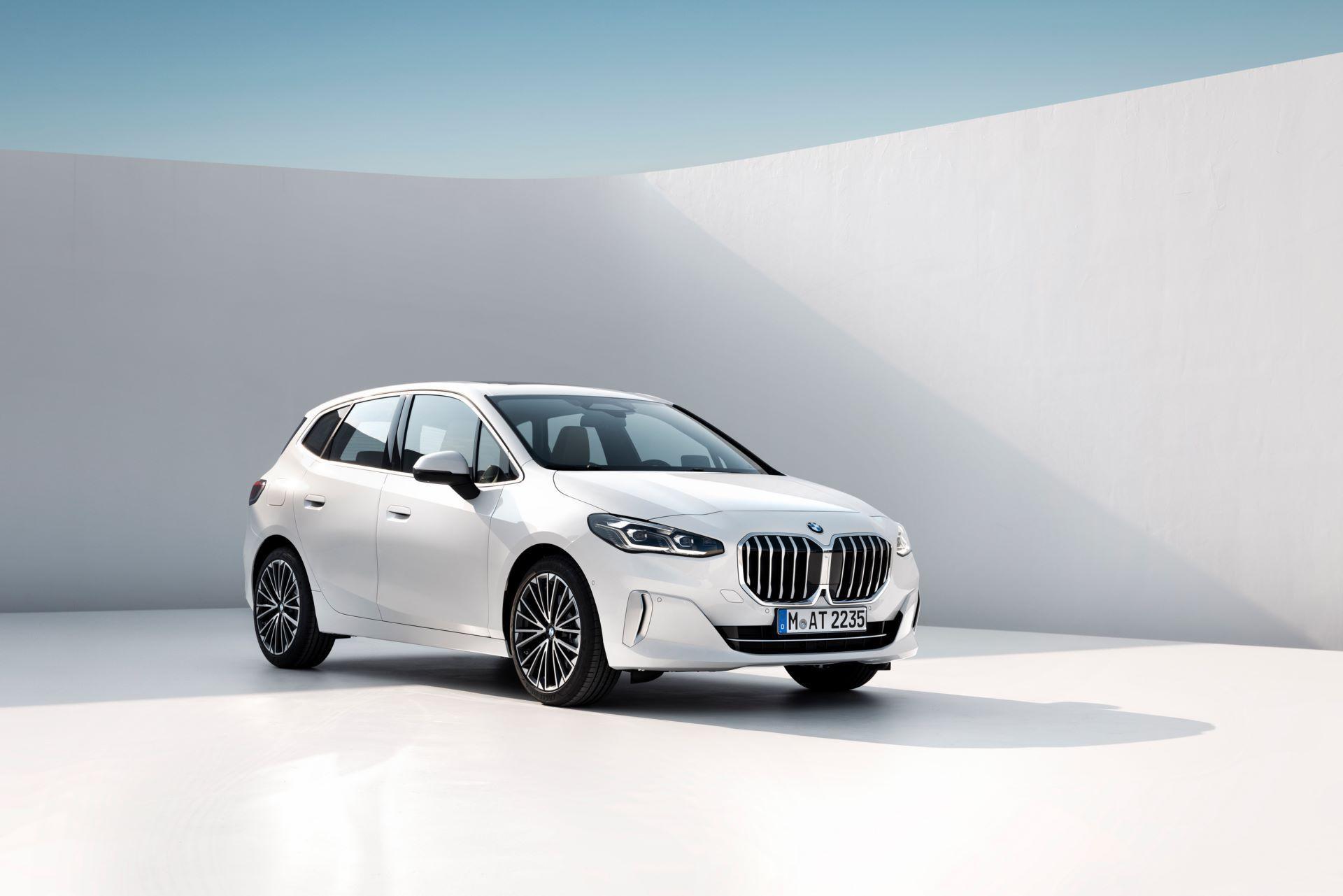 BMW-2-Series-Active-Tourer-2022-20