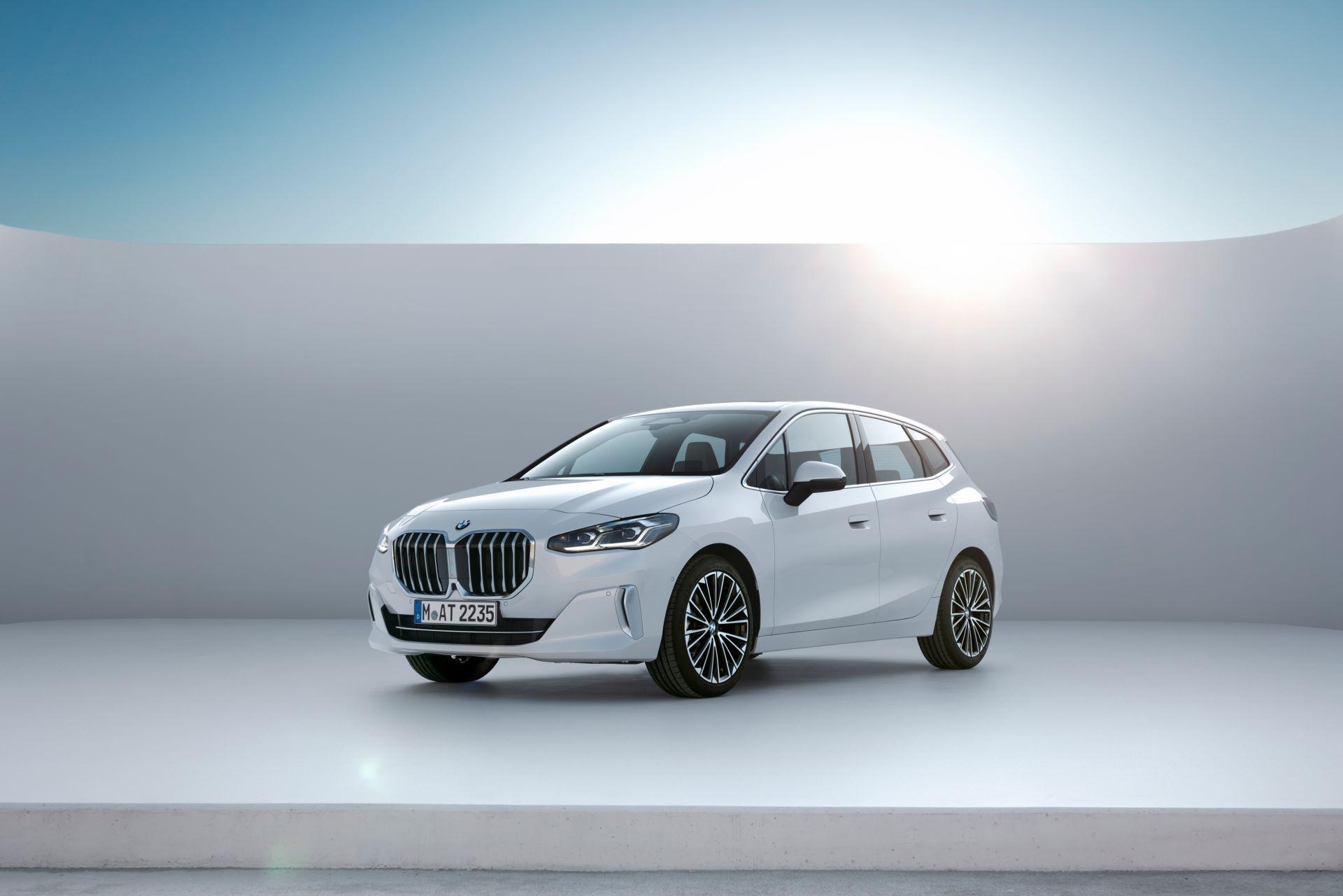 BMW-2-Series-Active-Tourer-2022-21