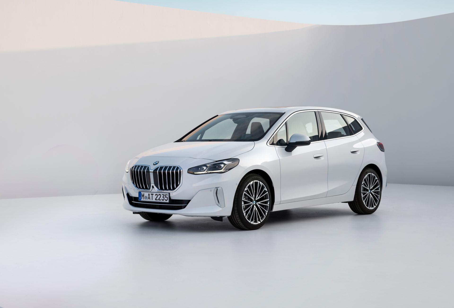 BMW-2-Series-Active-Tourer-2022-22