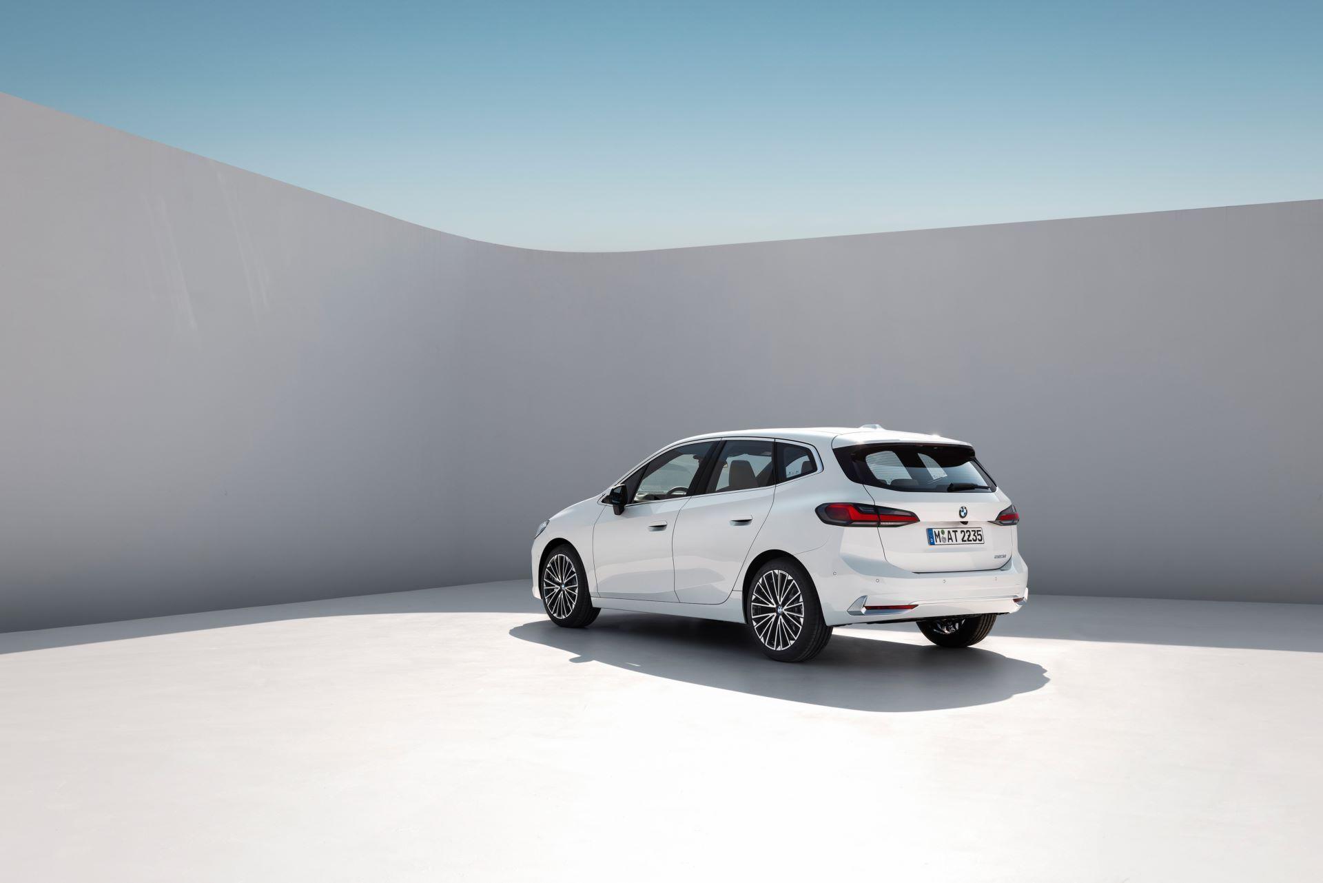 BMW-2-Series-Active-Tourer-2022-29