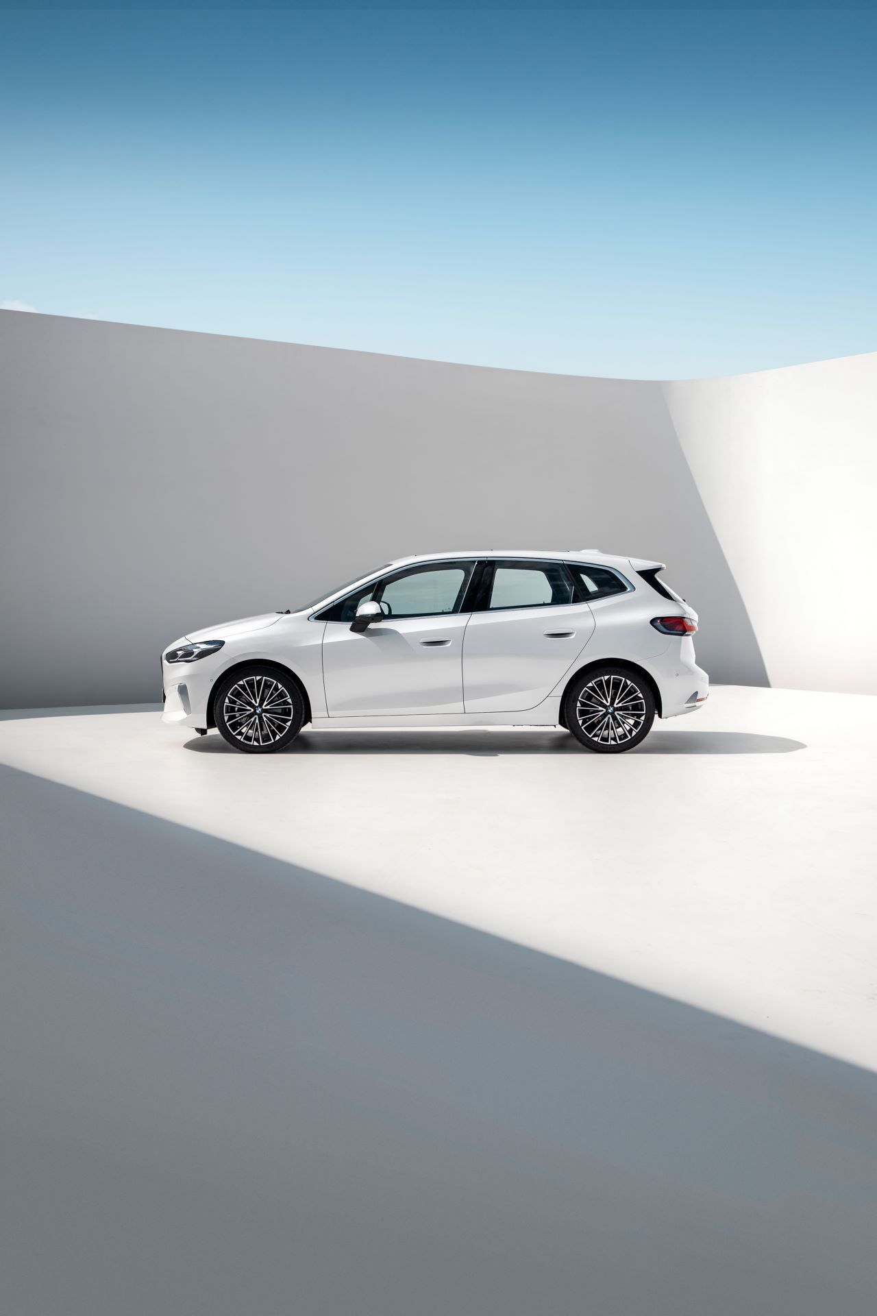 BMW-2-Series-Active-Tourer-2022-31