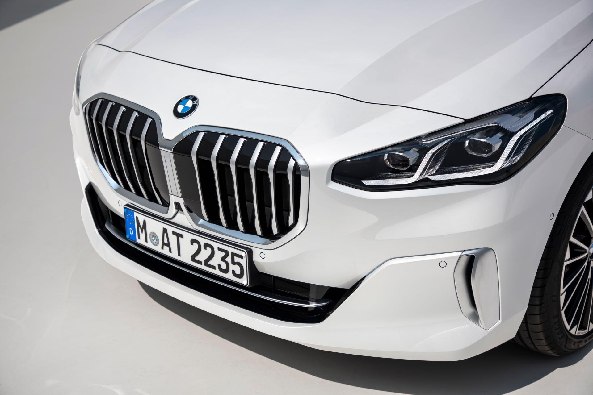 BMW-2-Series-Active-Tourer-2022-32