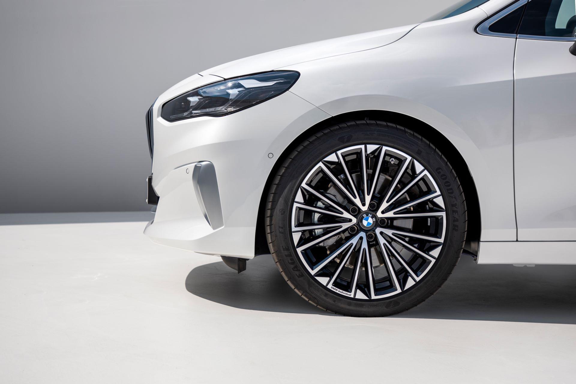 BMW-2-Series-Active-Tourer-2022-33