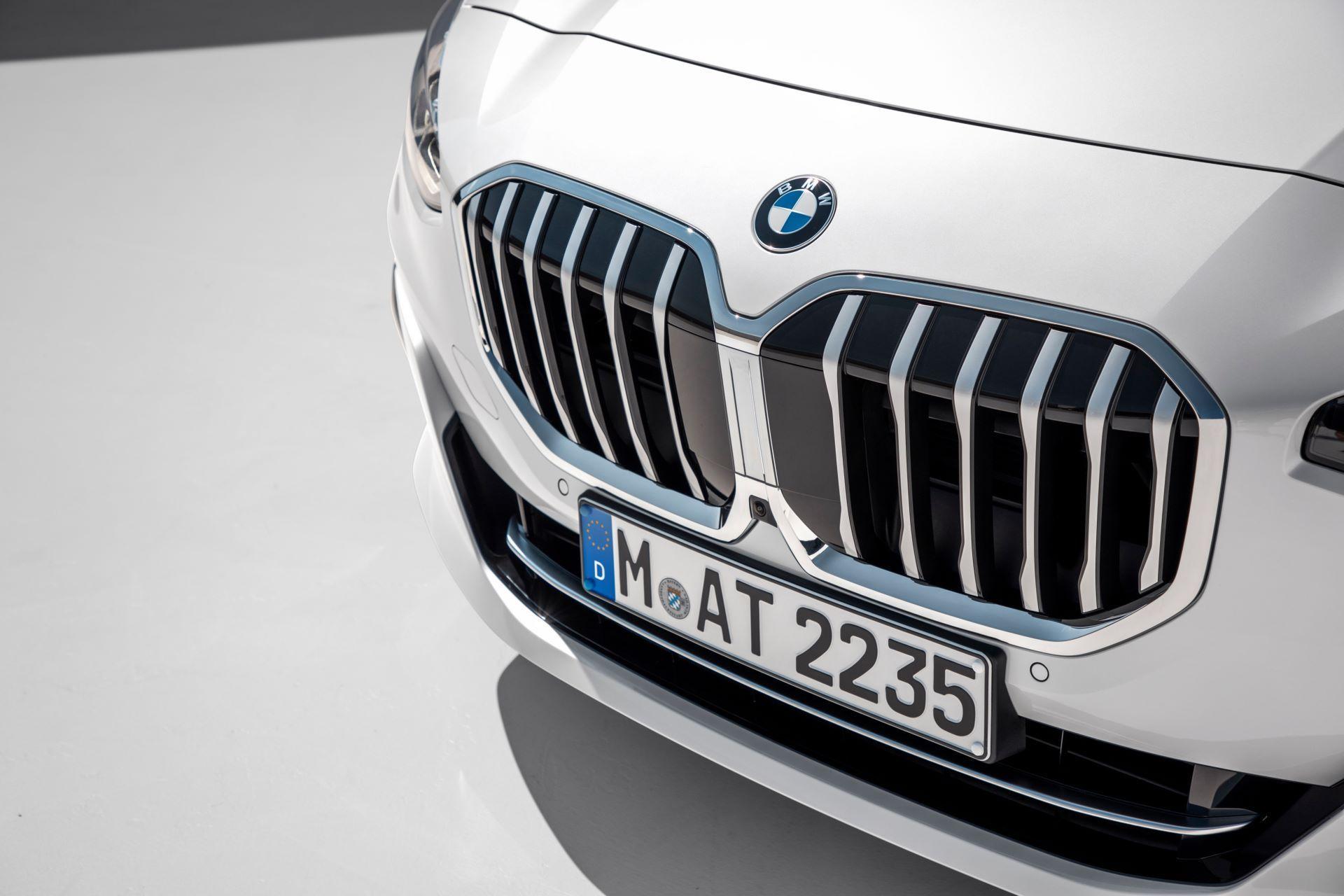 BMW-2-Series-Active-Tourer-2022-34