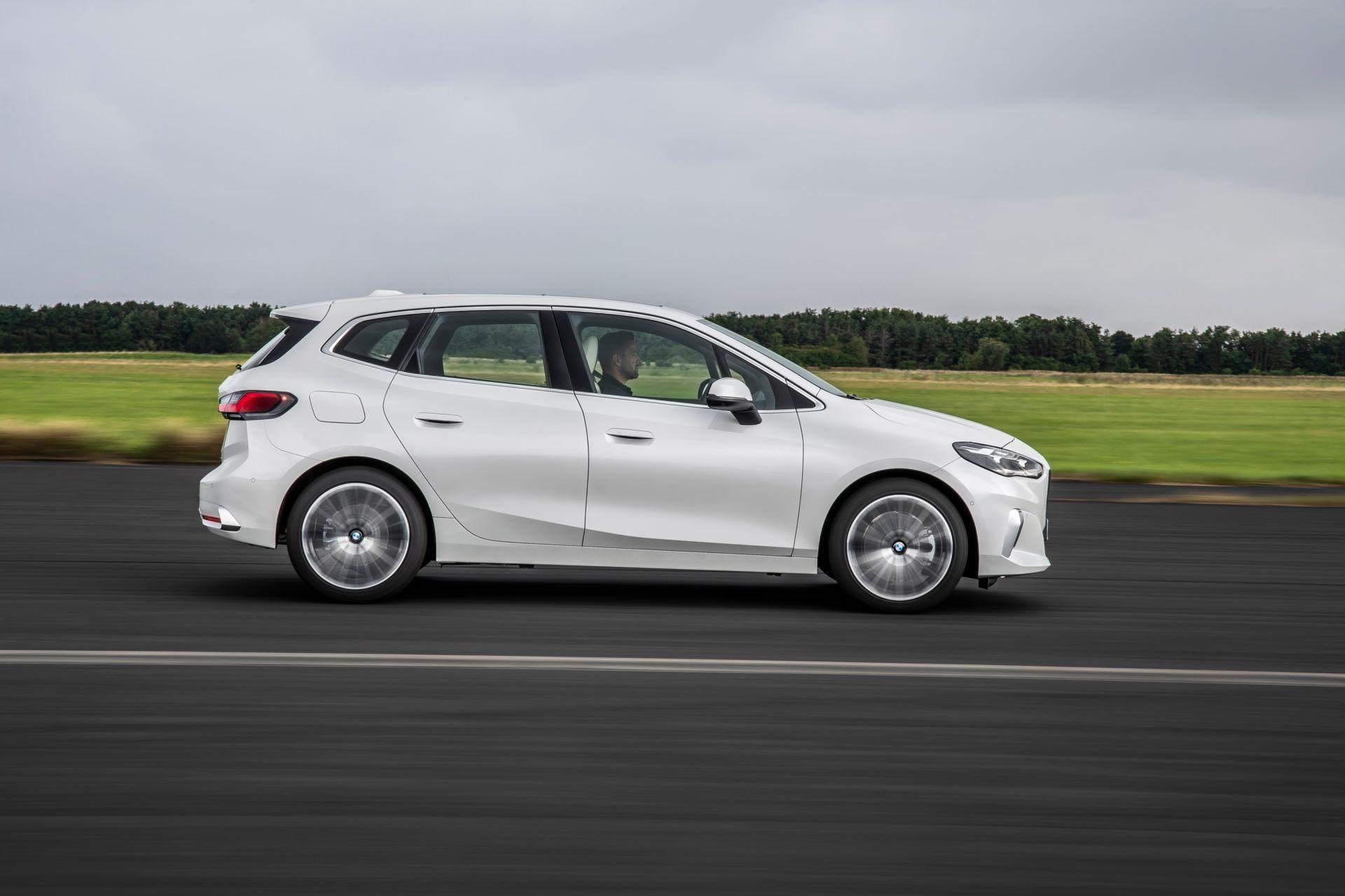 BMW-2-Series-Active-Tourer-2022-38