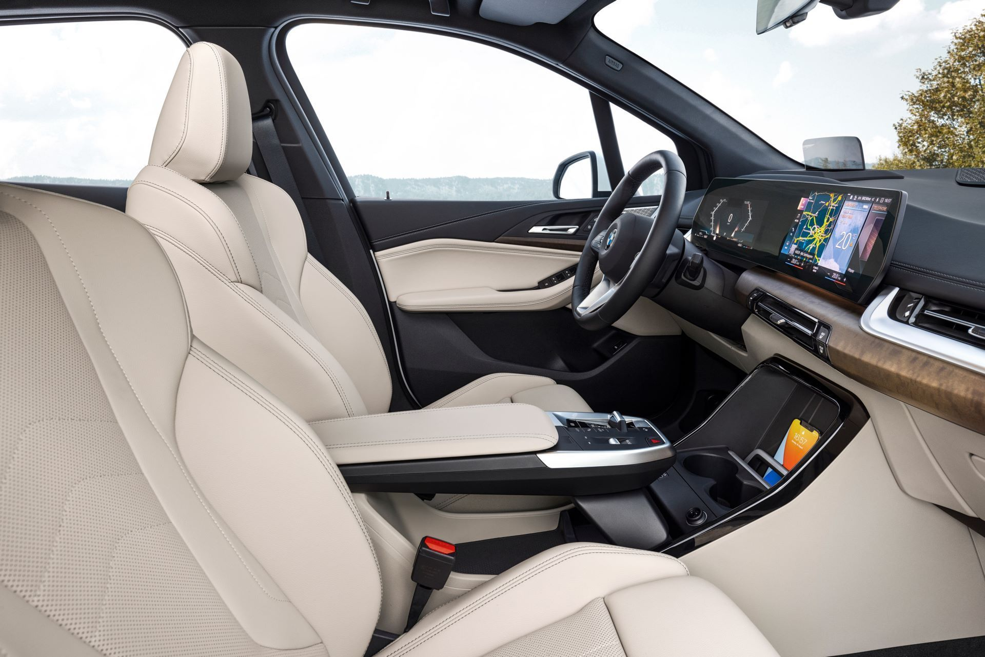 BMW-2-Series-Active-Tourer-2022-42