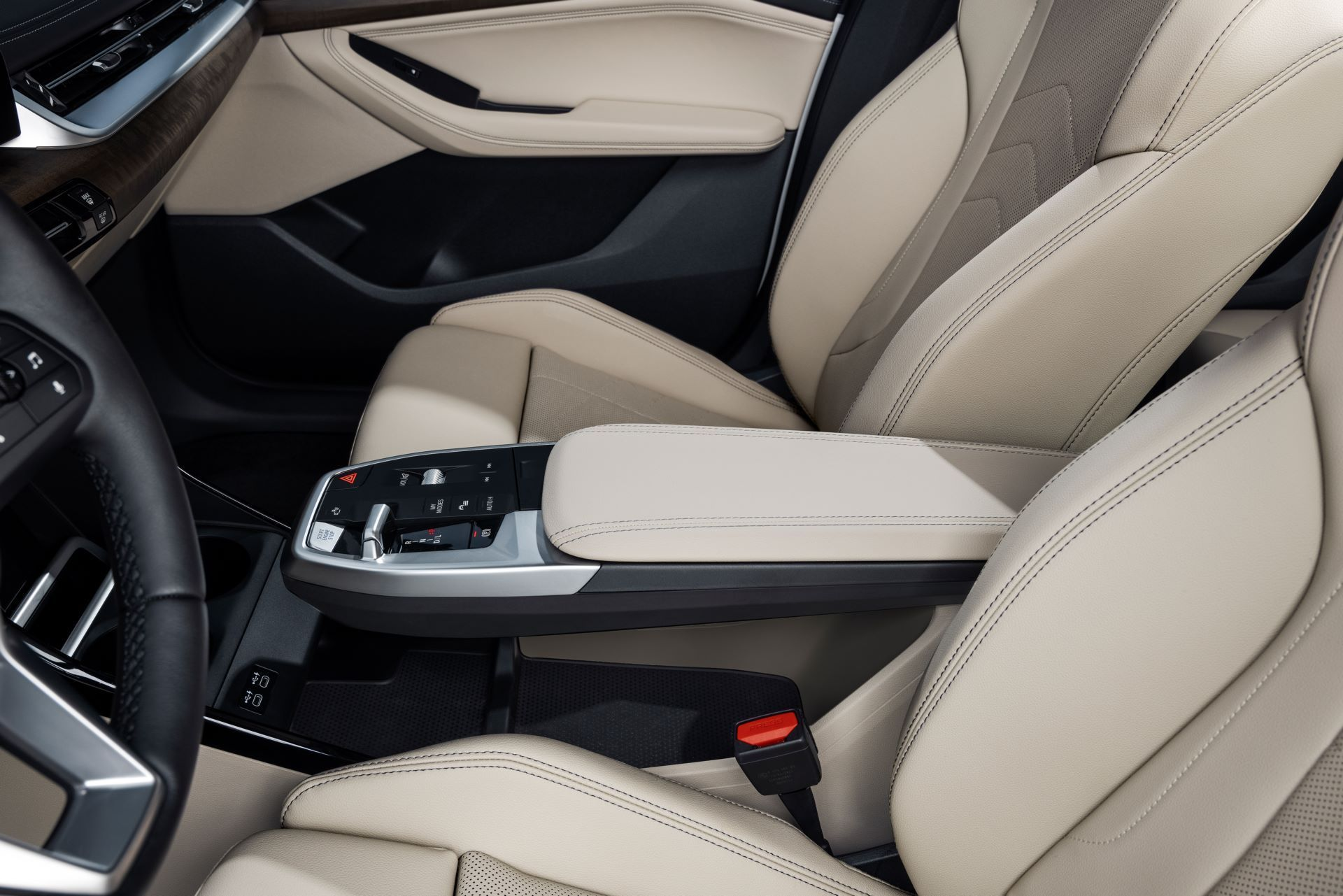 BMW-2-Series-Active-Tourer-2022-43