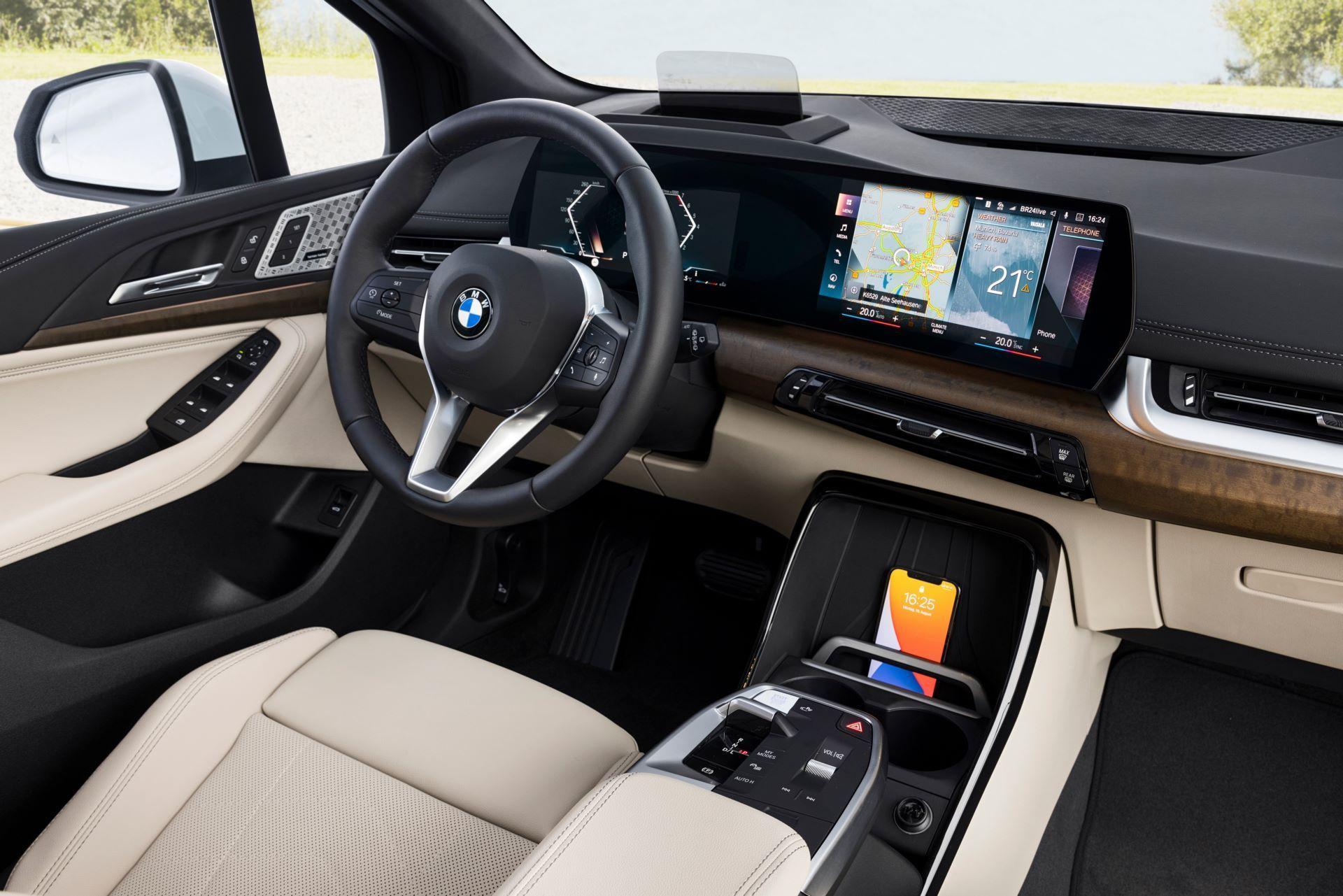 BMW-2-Series-Active-Tourer-2022-45