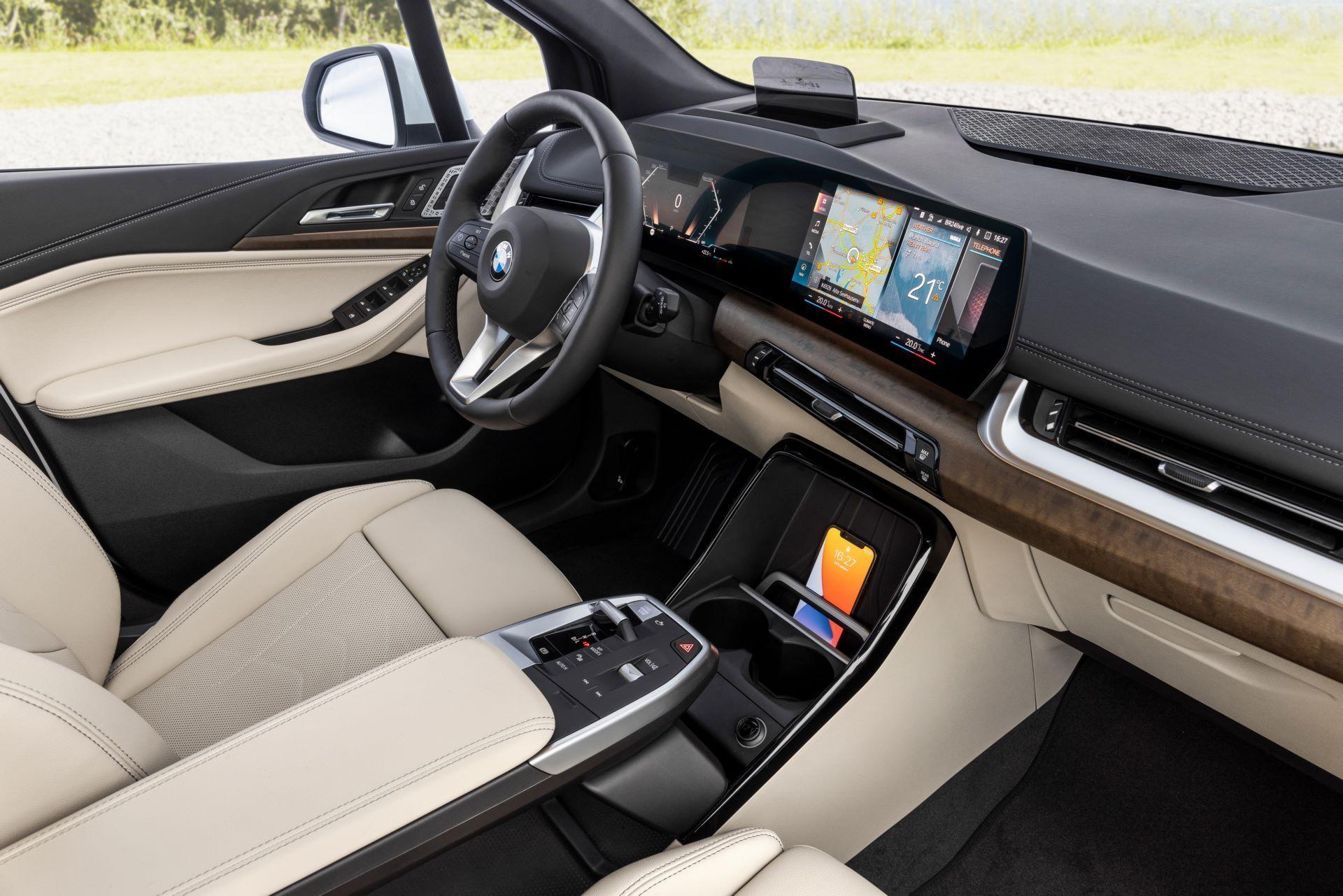 BMW-2-Series-Active-Tourer-2022-47