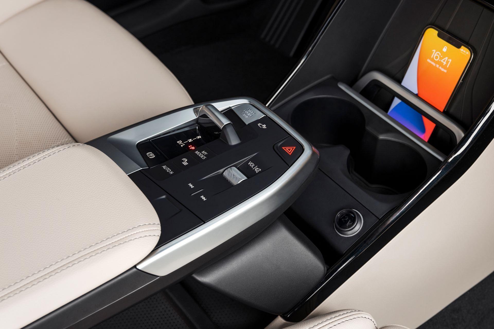 BMW-2-Series-Active-Tourer-2022-48