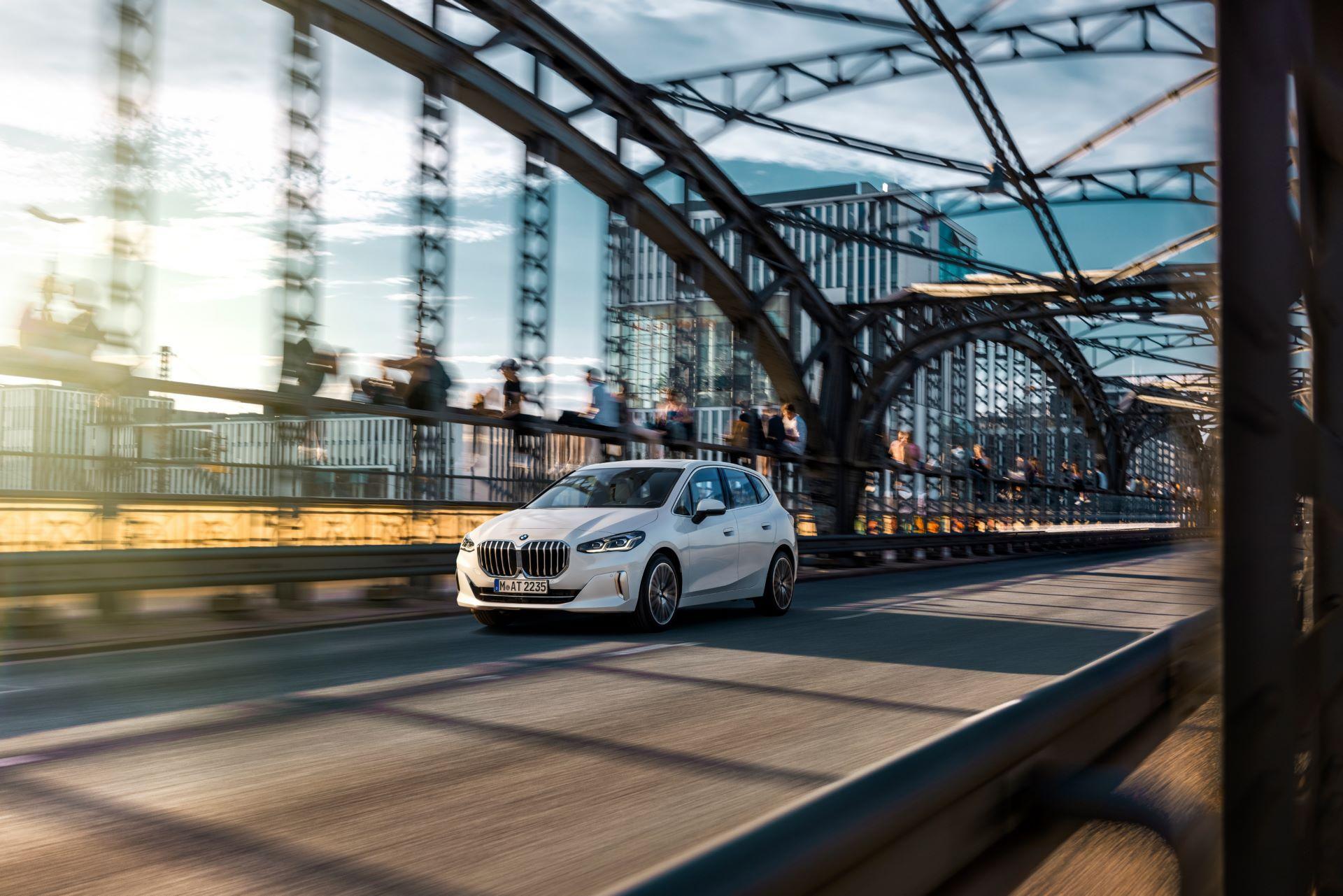 BMW-2-Series-Active-Tourer-2022-5