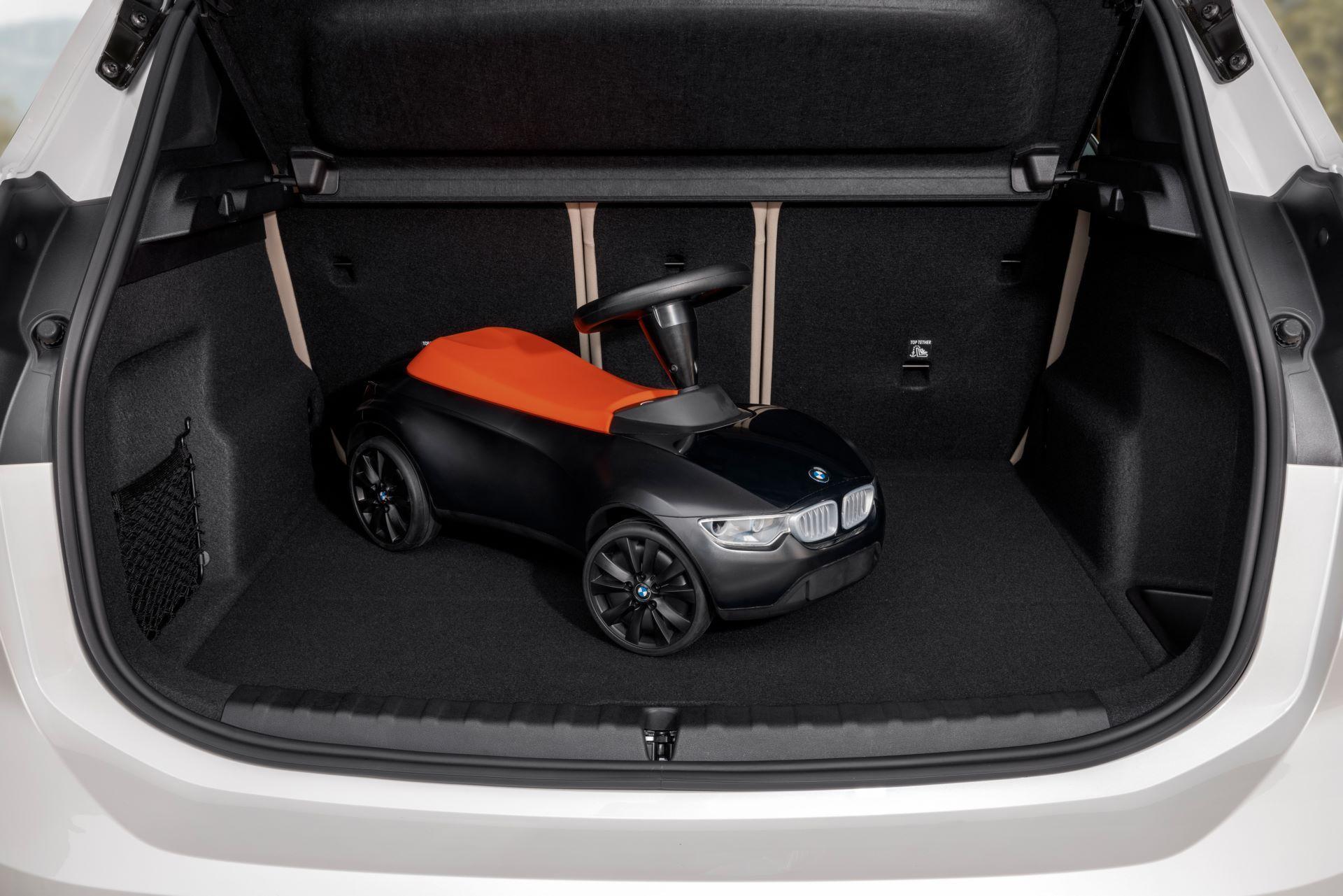 BMW-2-Series-Active-Tourer-2022-51