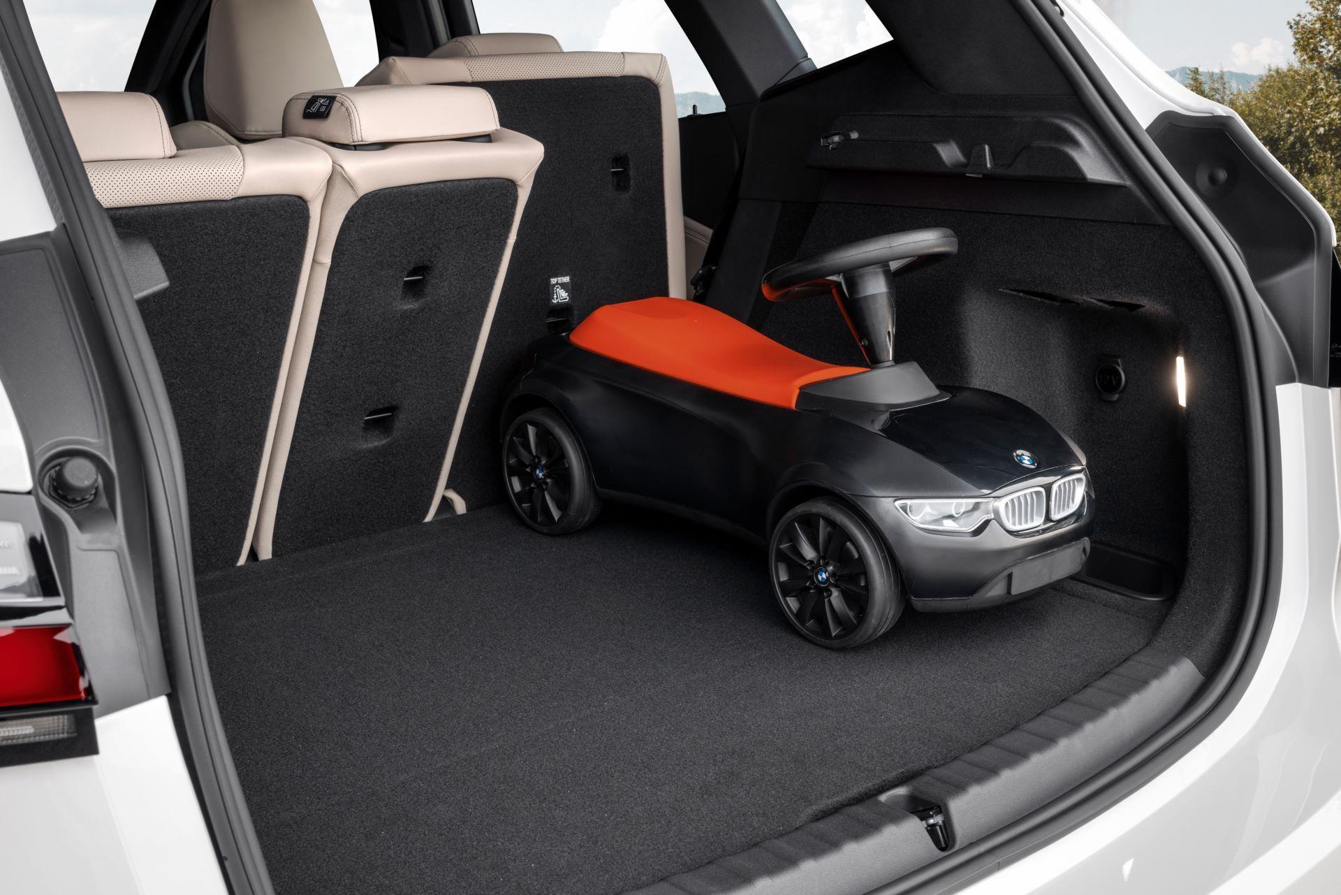 BMW-2-Series-Active-Tourer-2022-52
