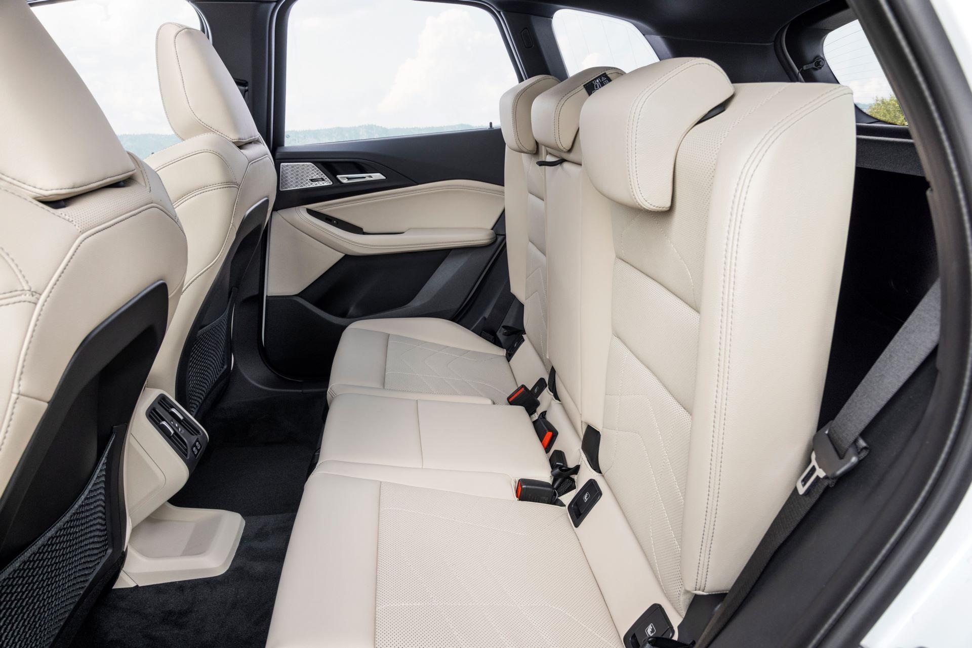 BMW-2-Series-Active-Tourer-2022-56