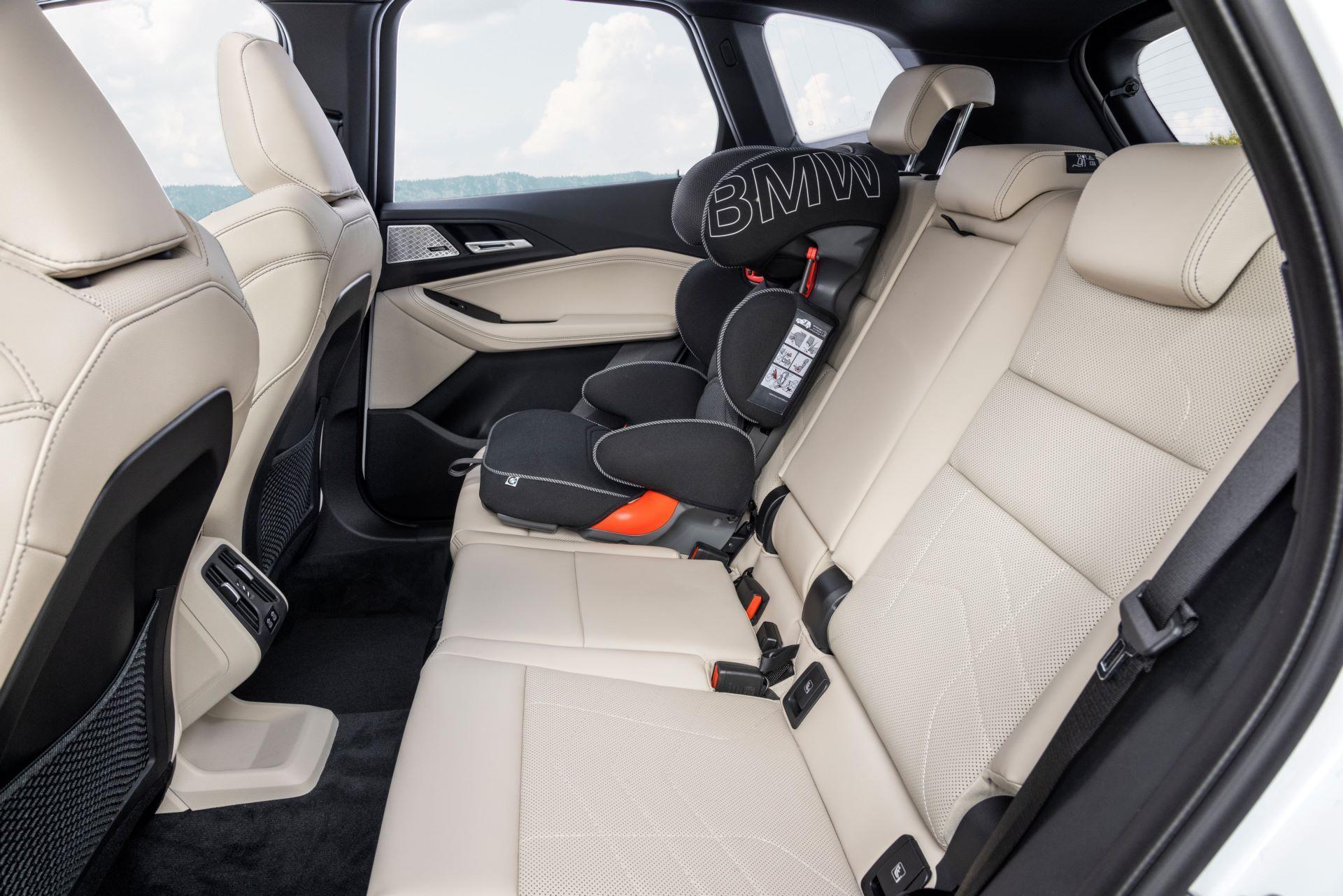 BMW-2-Series-Active-Tourer-2022-61