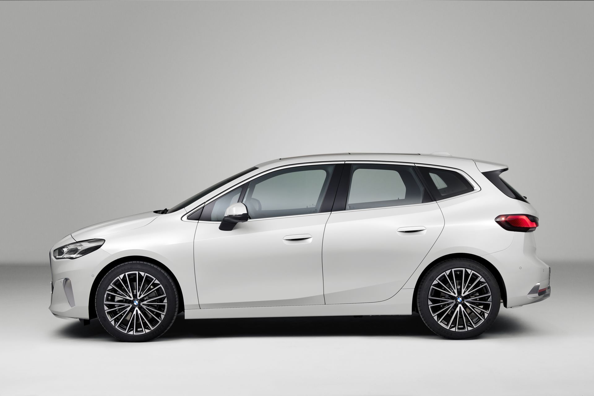 BMW-2-Series-Active-Tourer-2022-64
