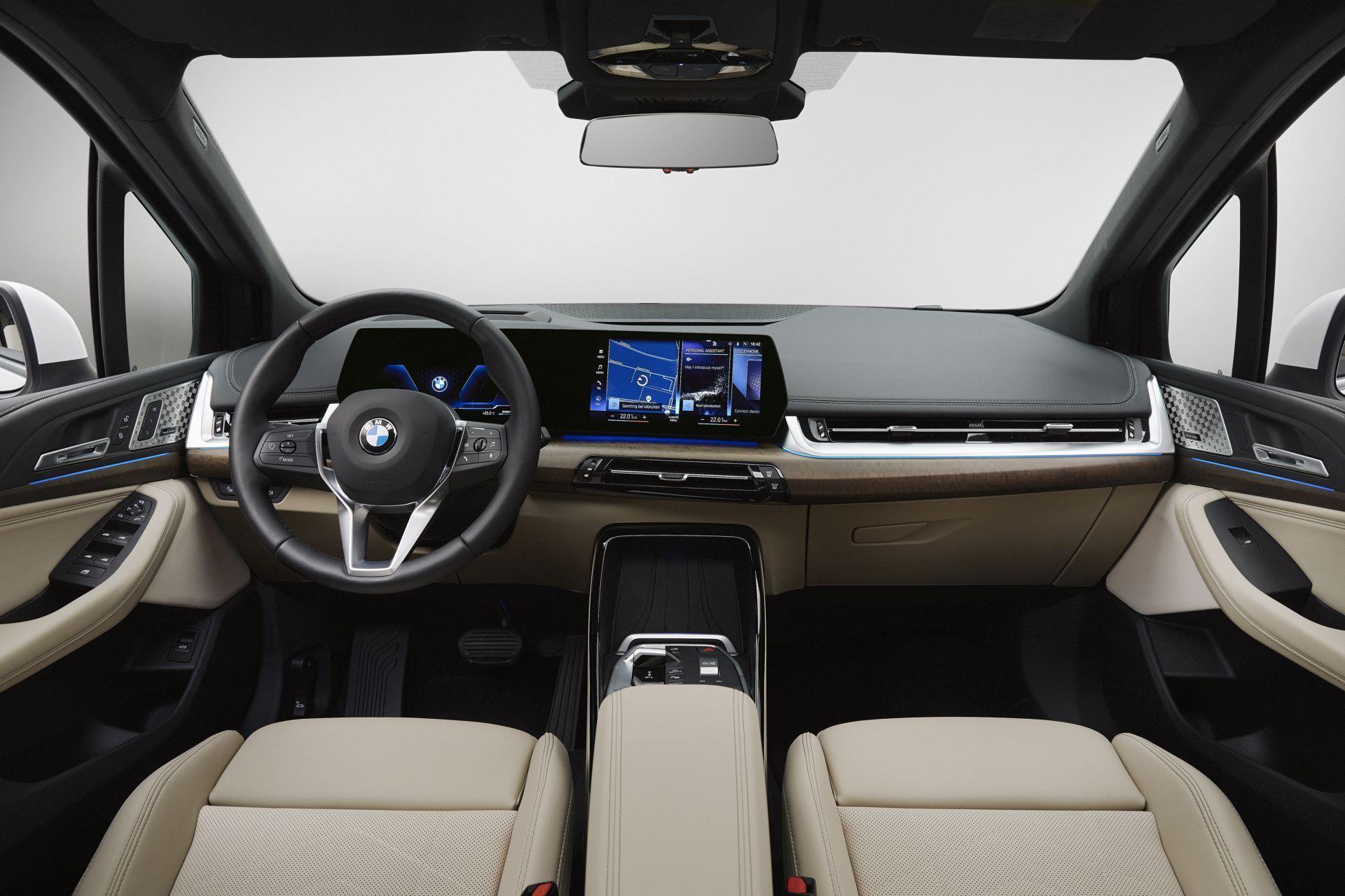 BMW-2-Series-Active-Tourer-2022-67