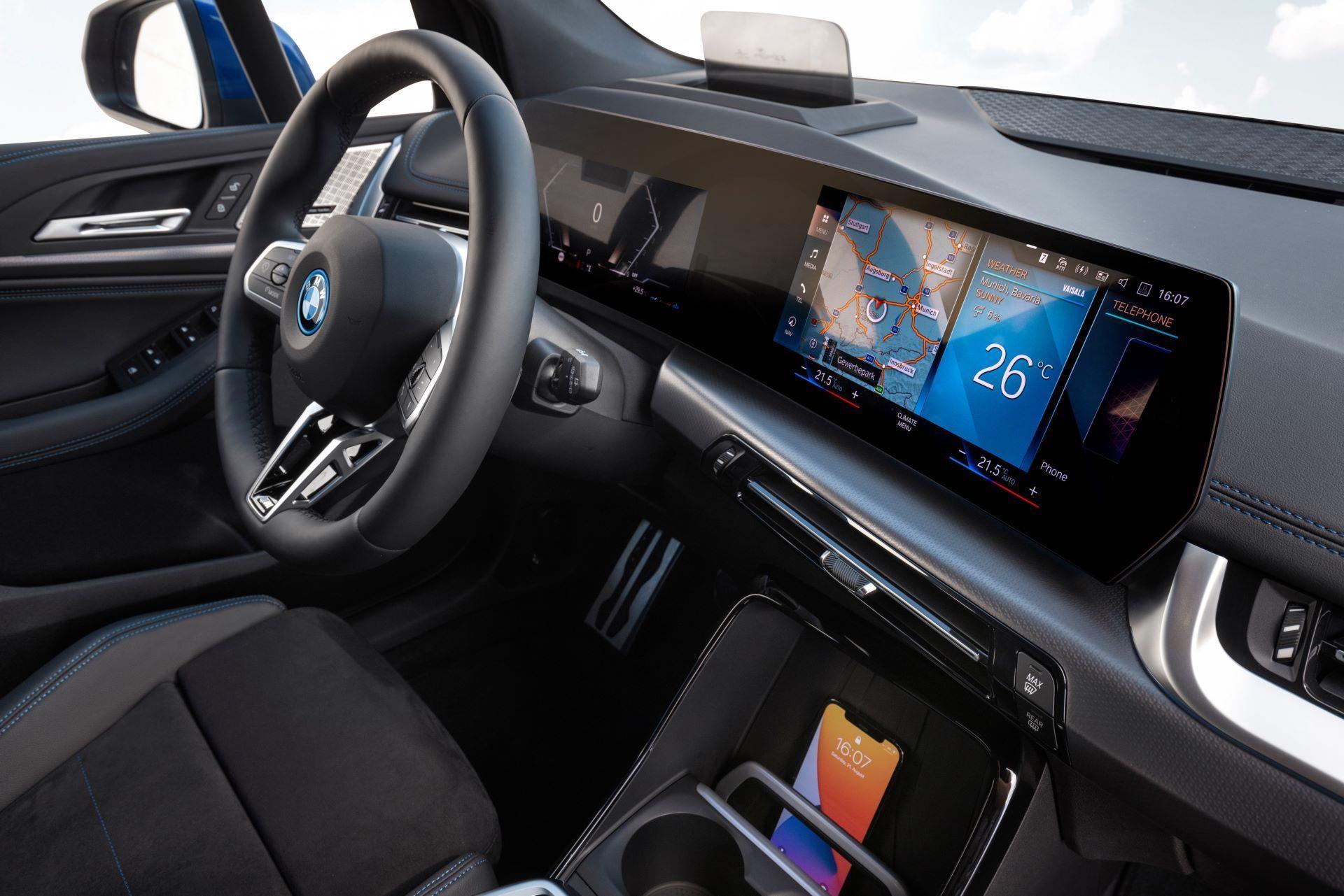 BMW-2-Series-Active-Tourer-2022-73