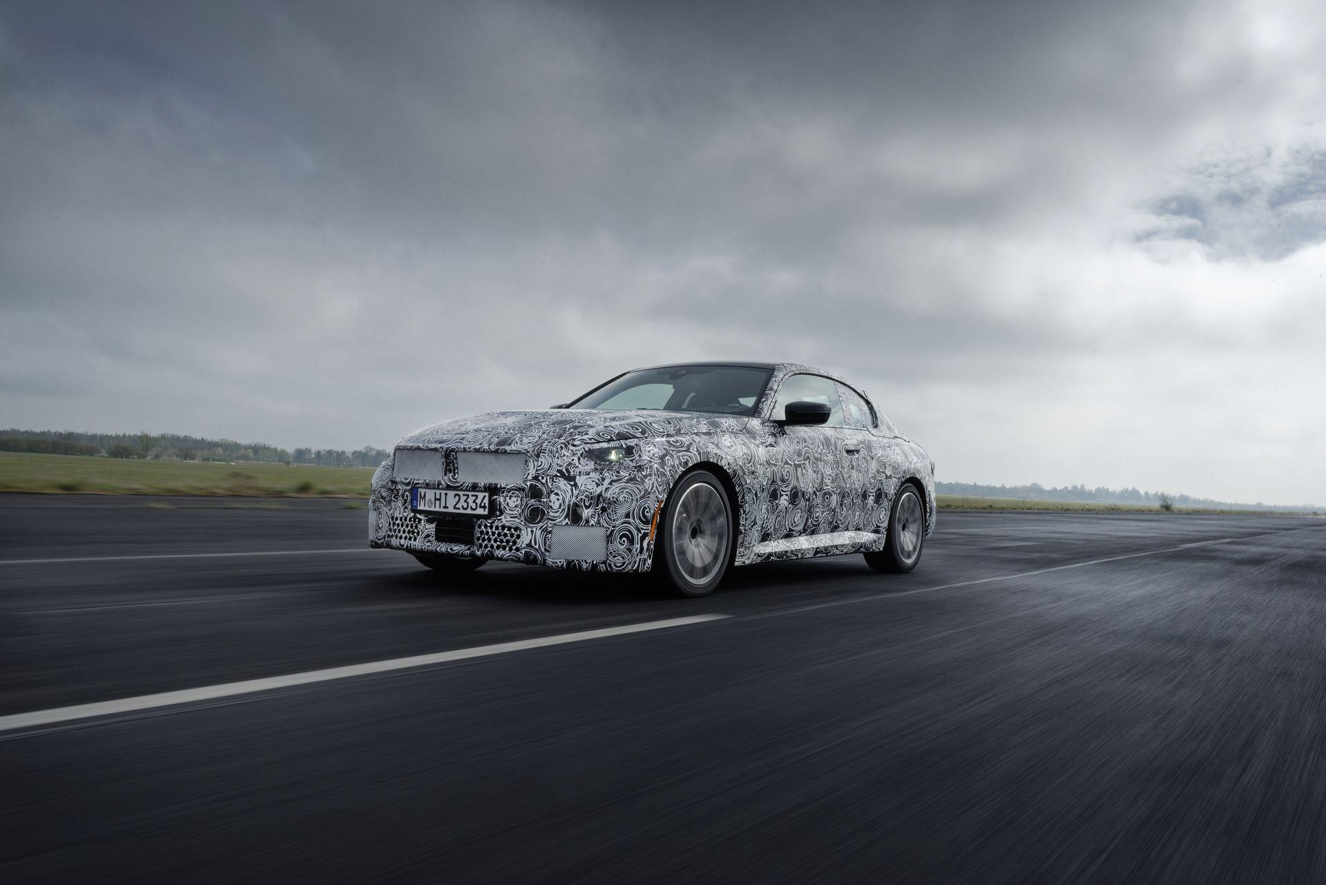 BMW-2-Series-M240i-spy-photos-1