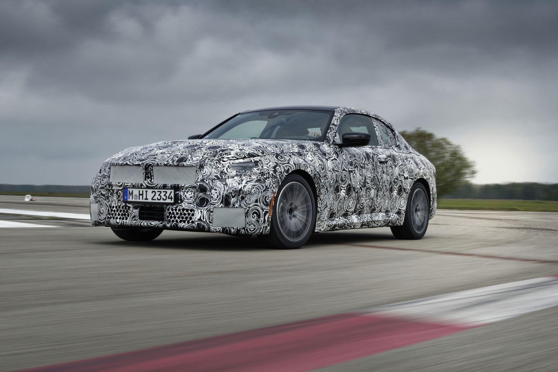 BMW-2-Series-M240i-spy-photos-16