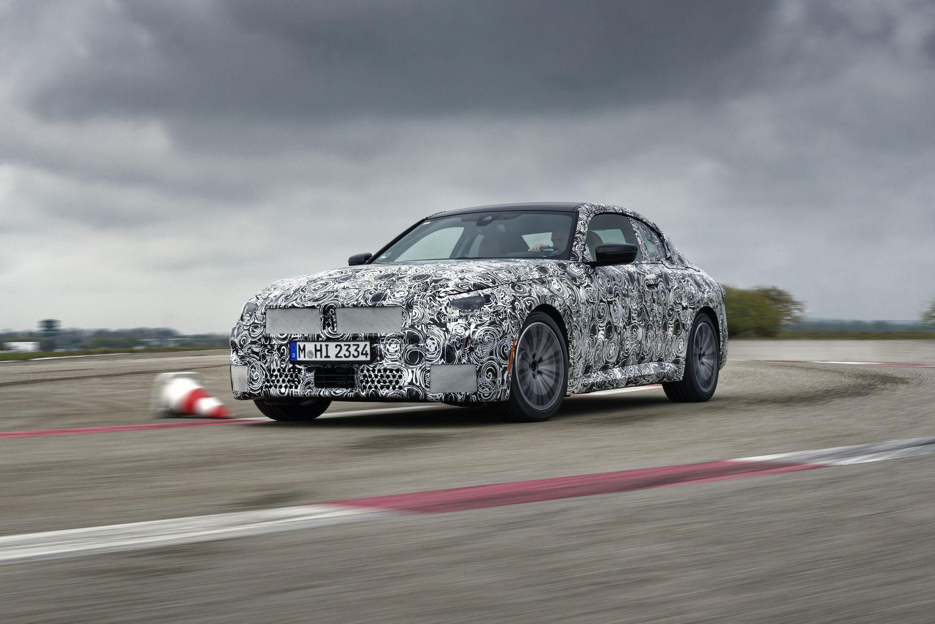 BMW-2-Series-M240i-spy-photos-17