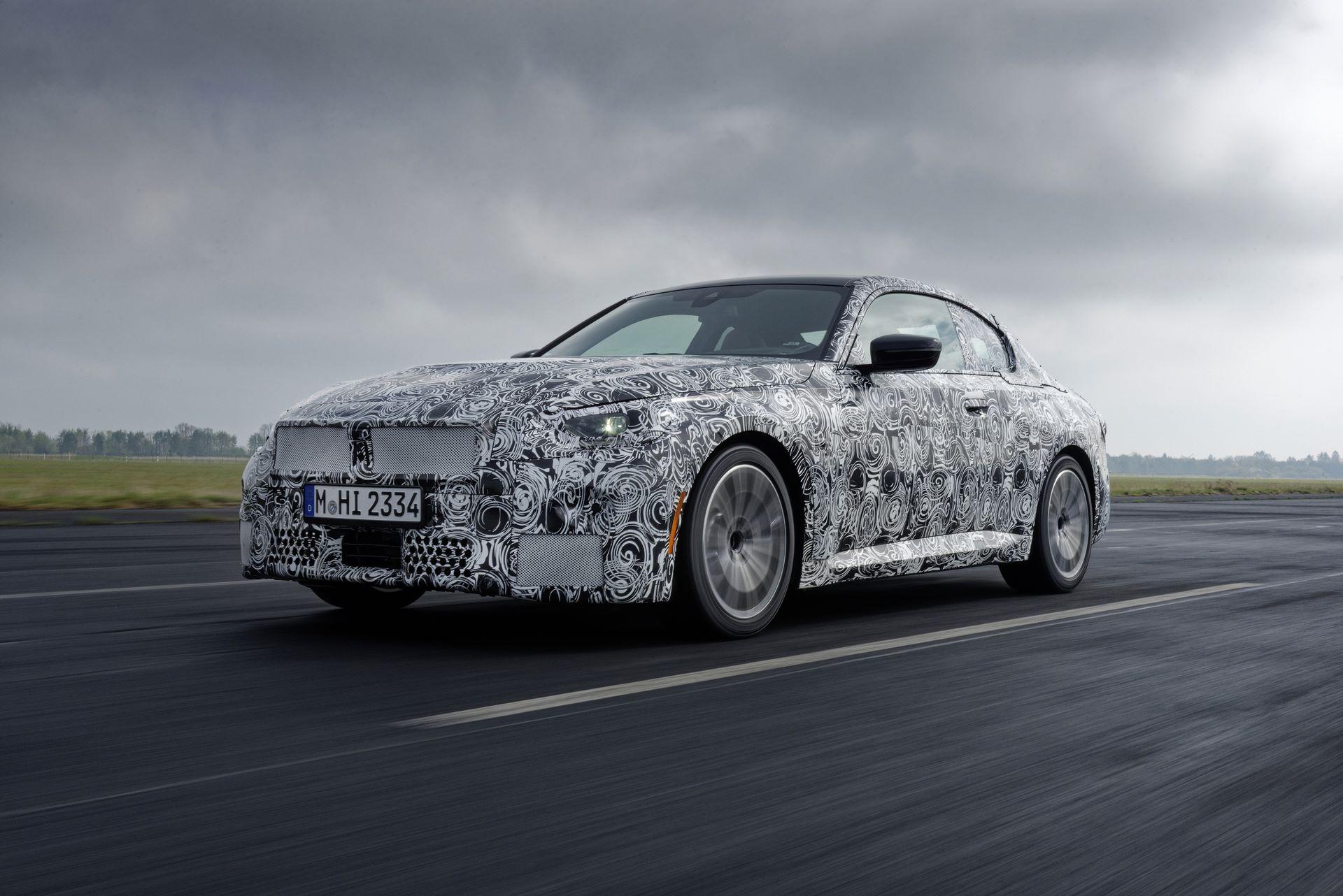 BMW-2-Series-M240i-spy-photos-2
