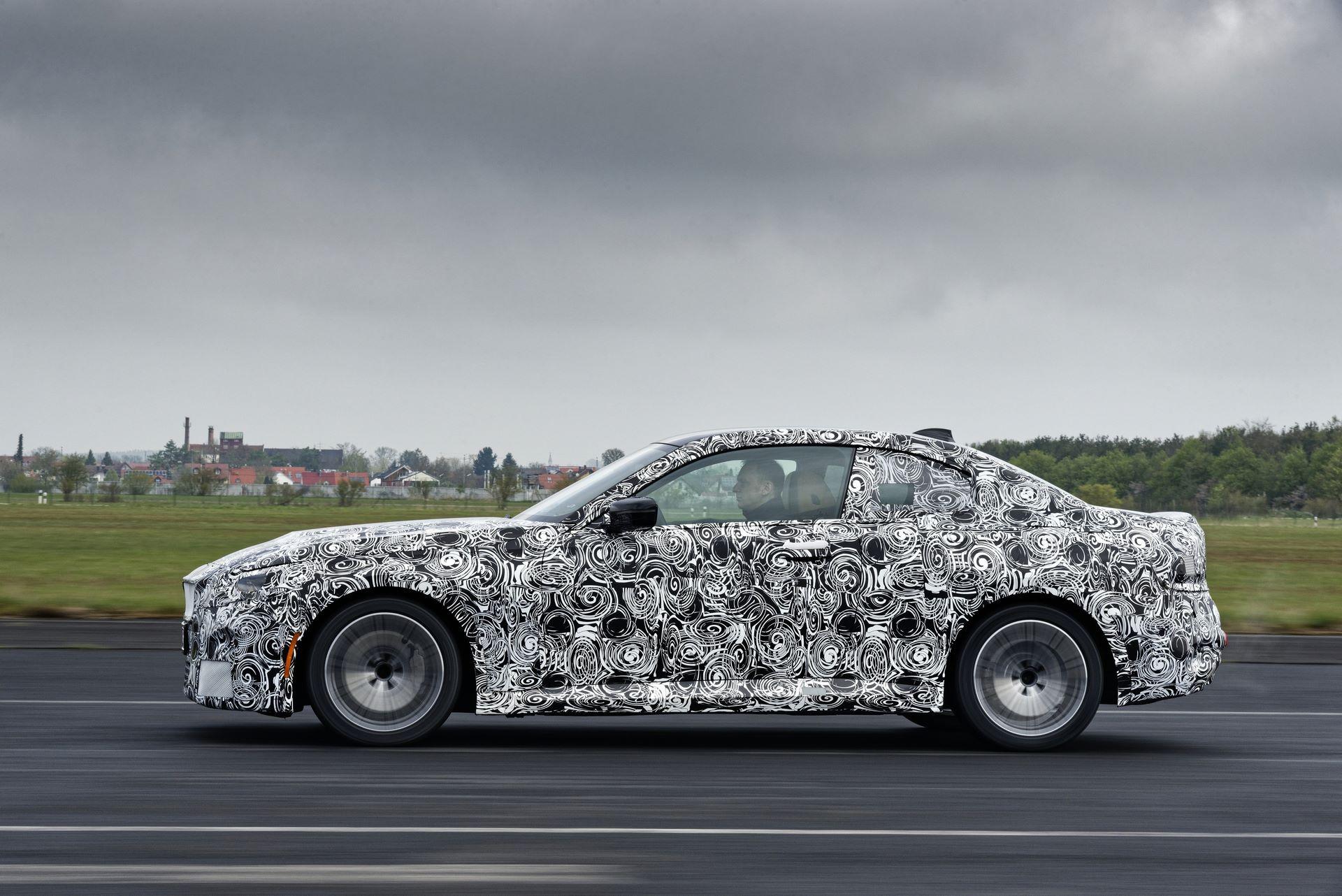 BMW-2-Series-M240i-spy-photos-9