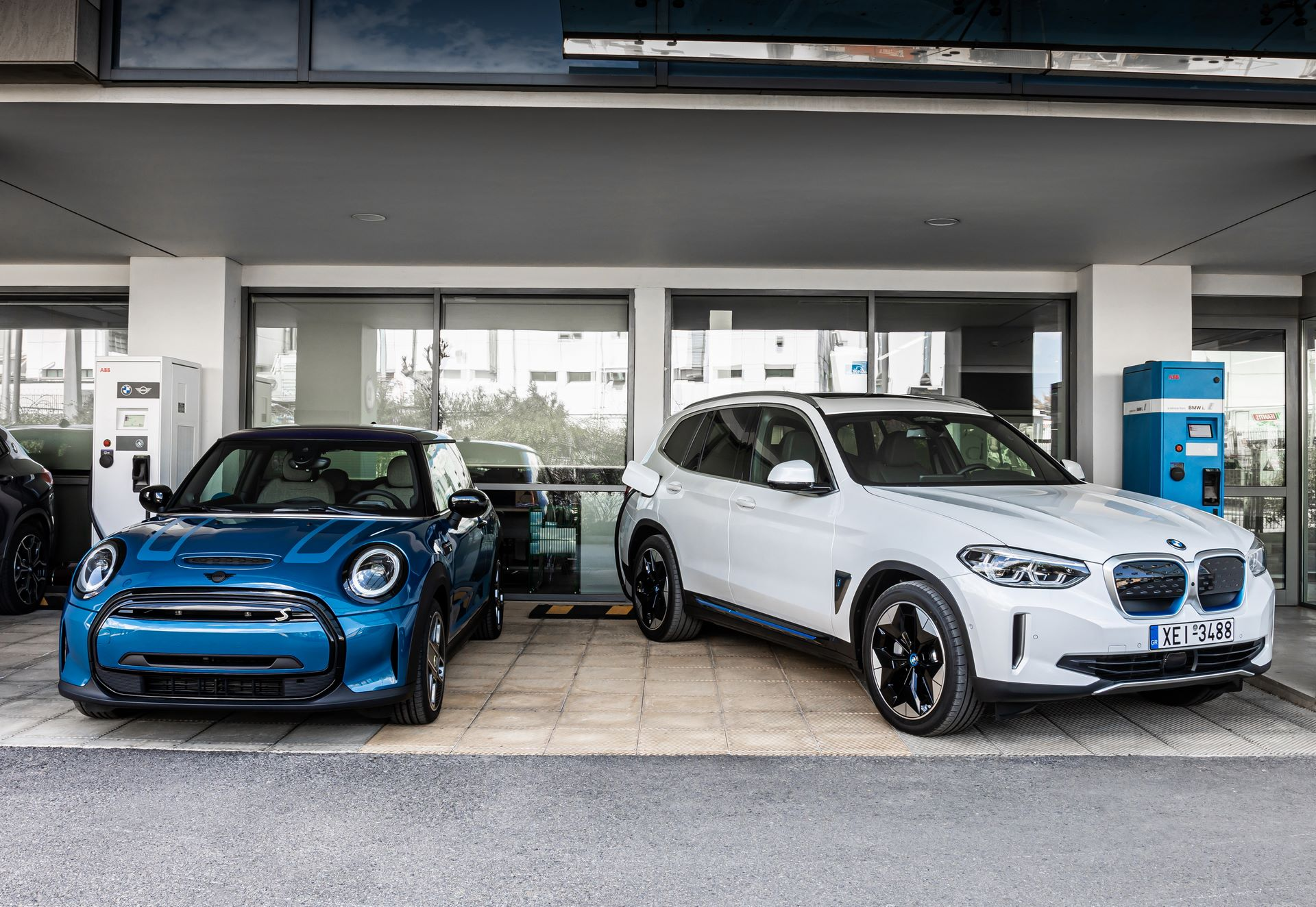 BMW-Group-Hellas-EV-Electric-Chargers-Charging-2