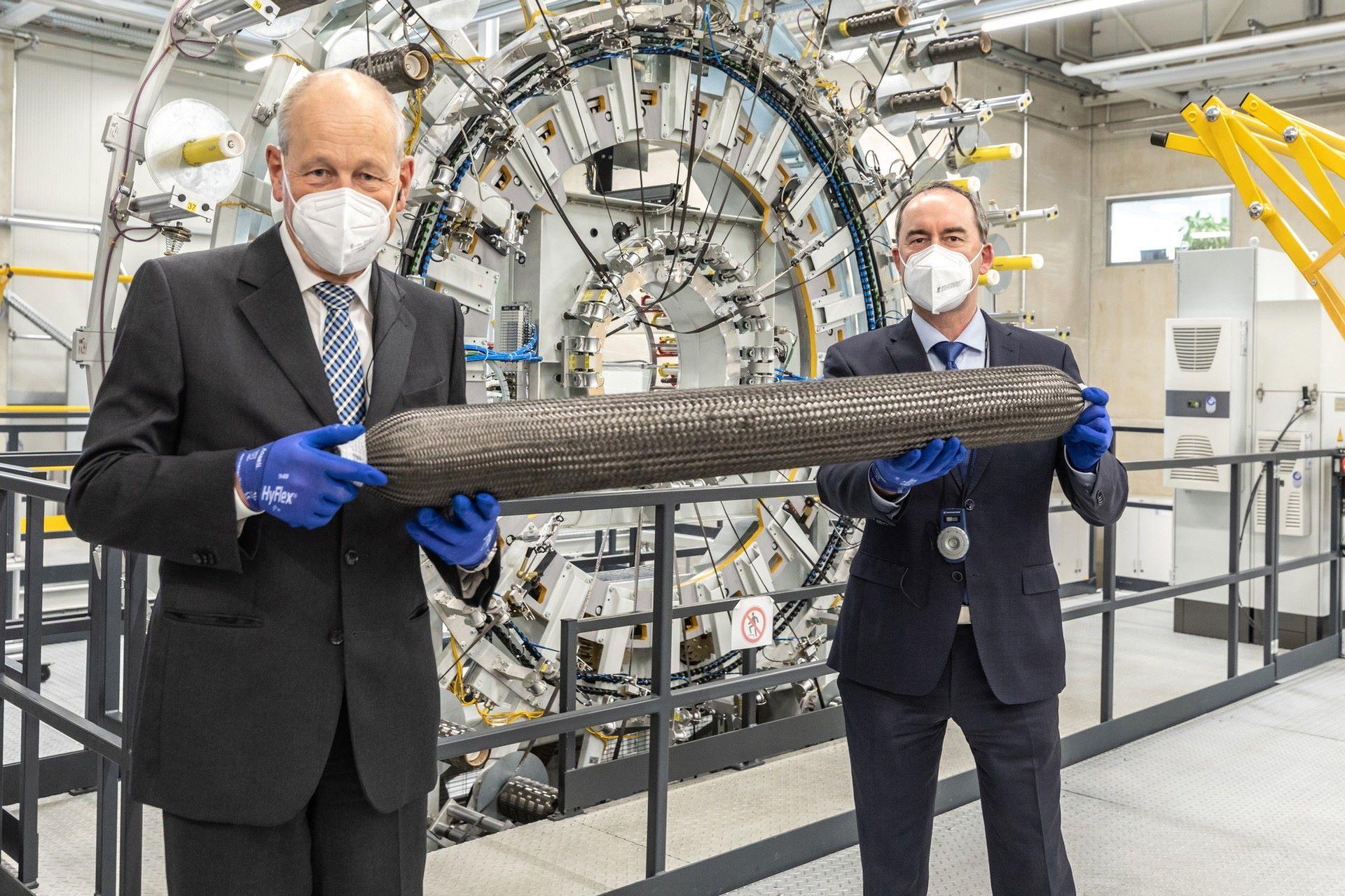 BMW-i-Next-Hydrogen-Concept-24