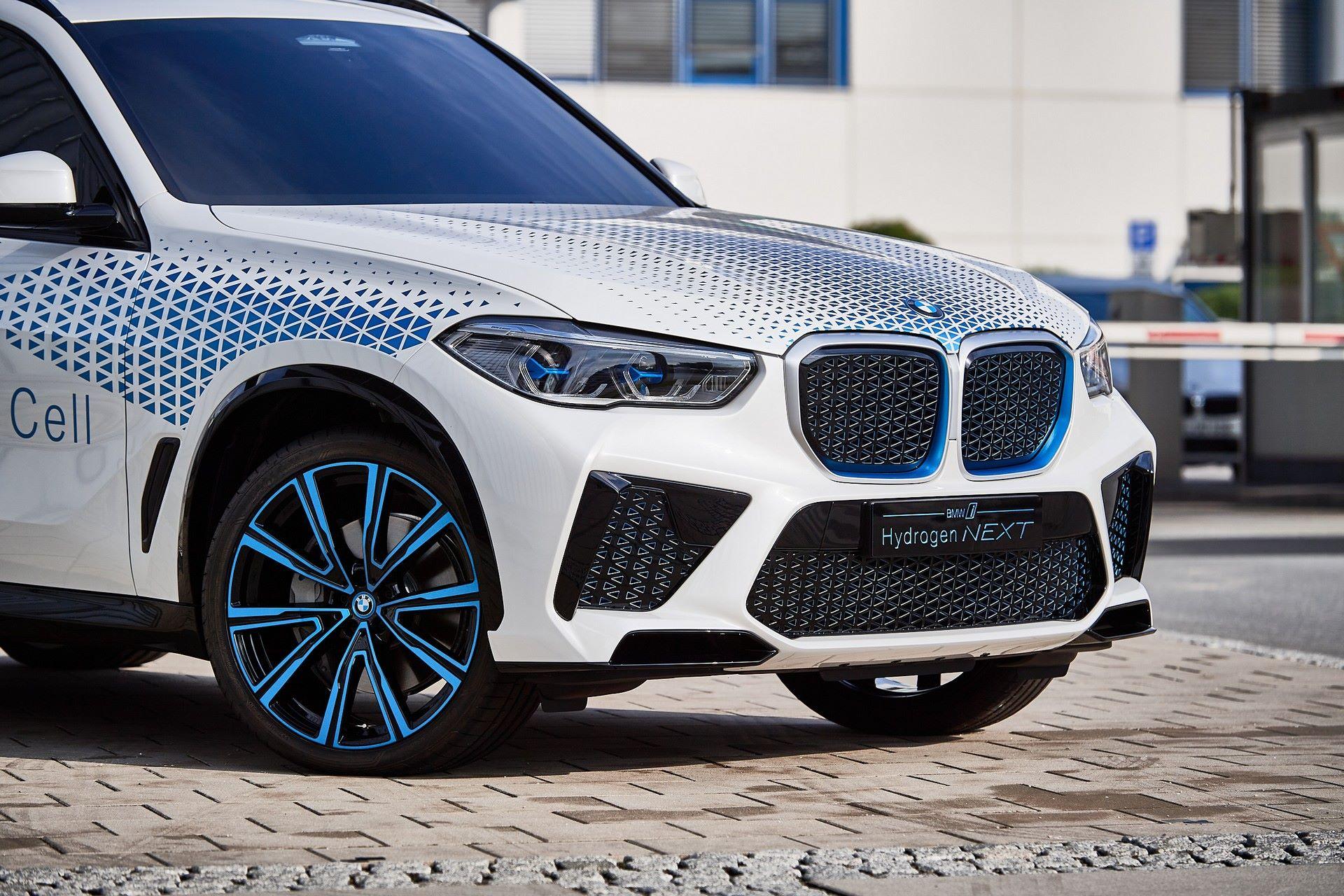 BMW-i-Next-Hydrogen-Concept-8