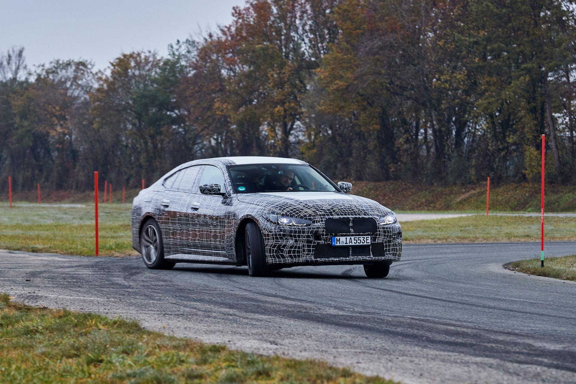 BMW-i4-spy-photos-18