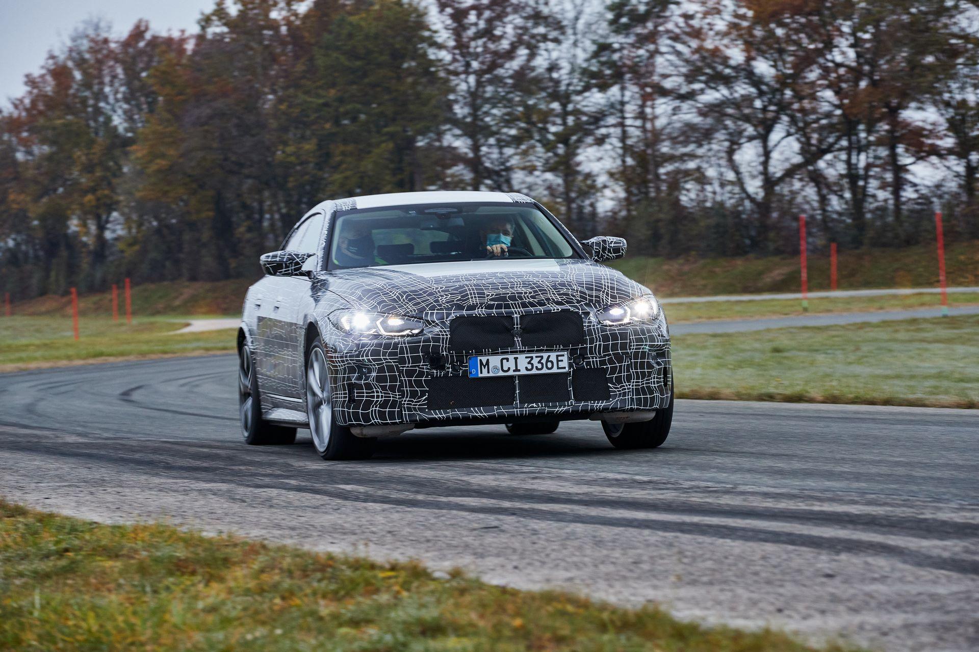 BMW-i4-spy-photos-25