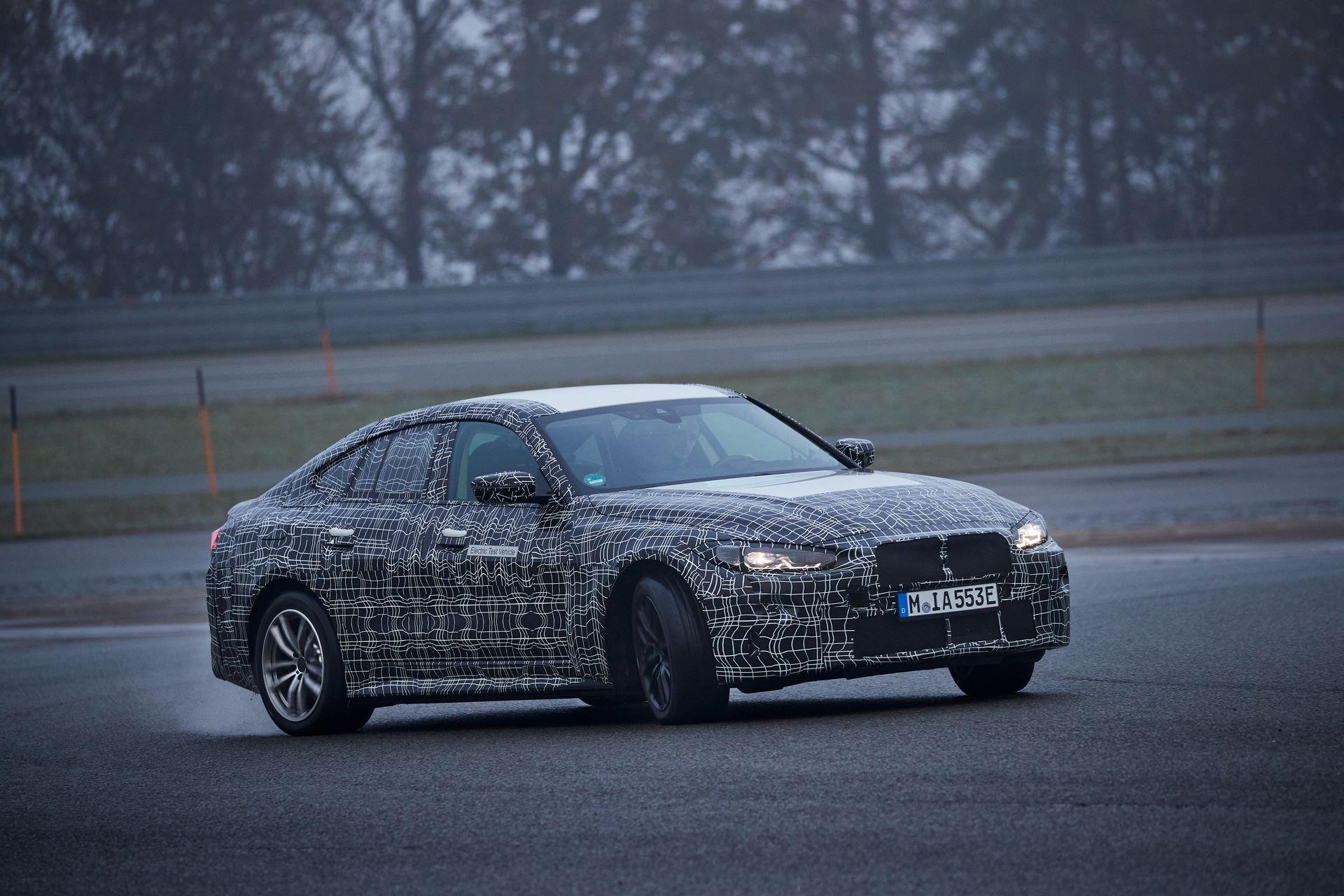 BMW-i4-spy-photos-34