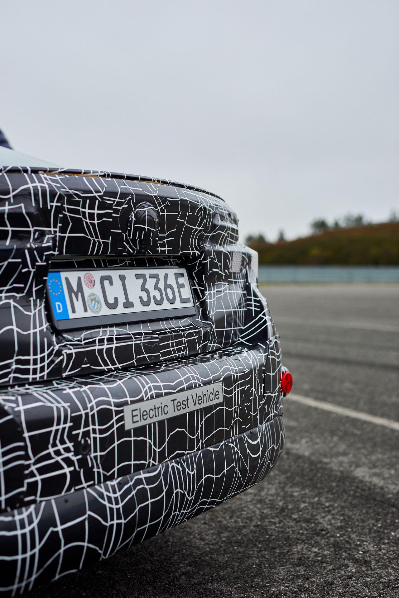 BMW-i4-spy-photos-35
