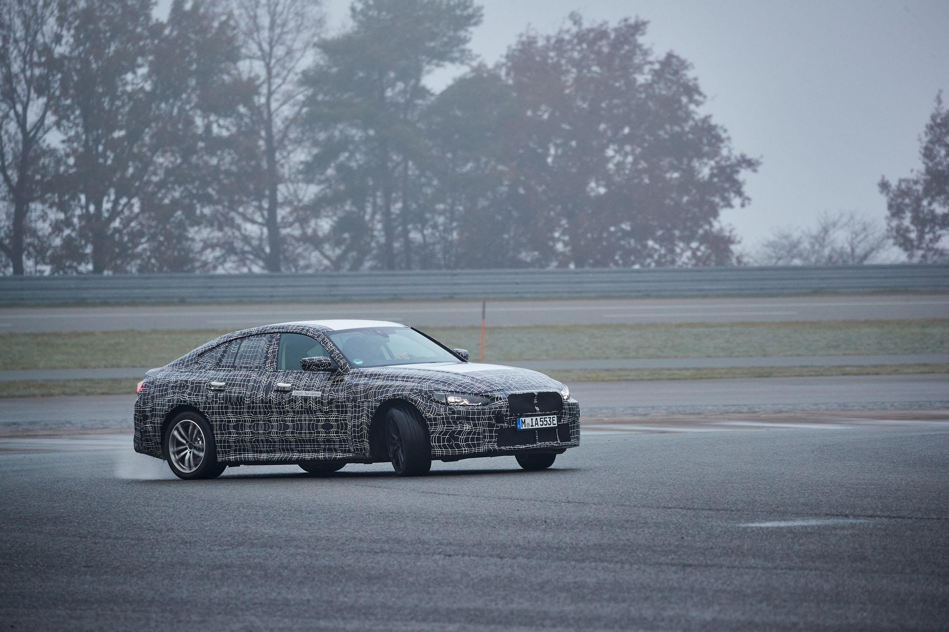 BMW-i4-spy-photos-41